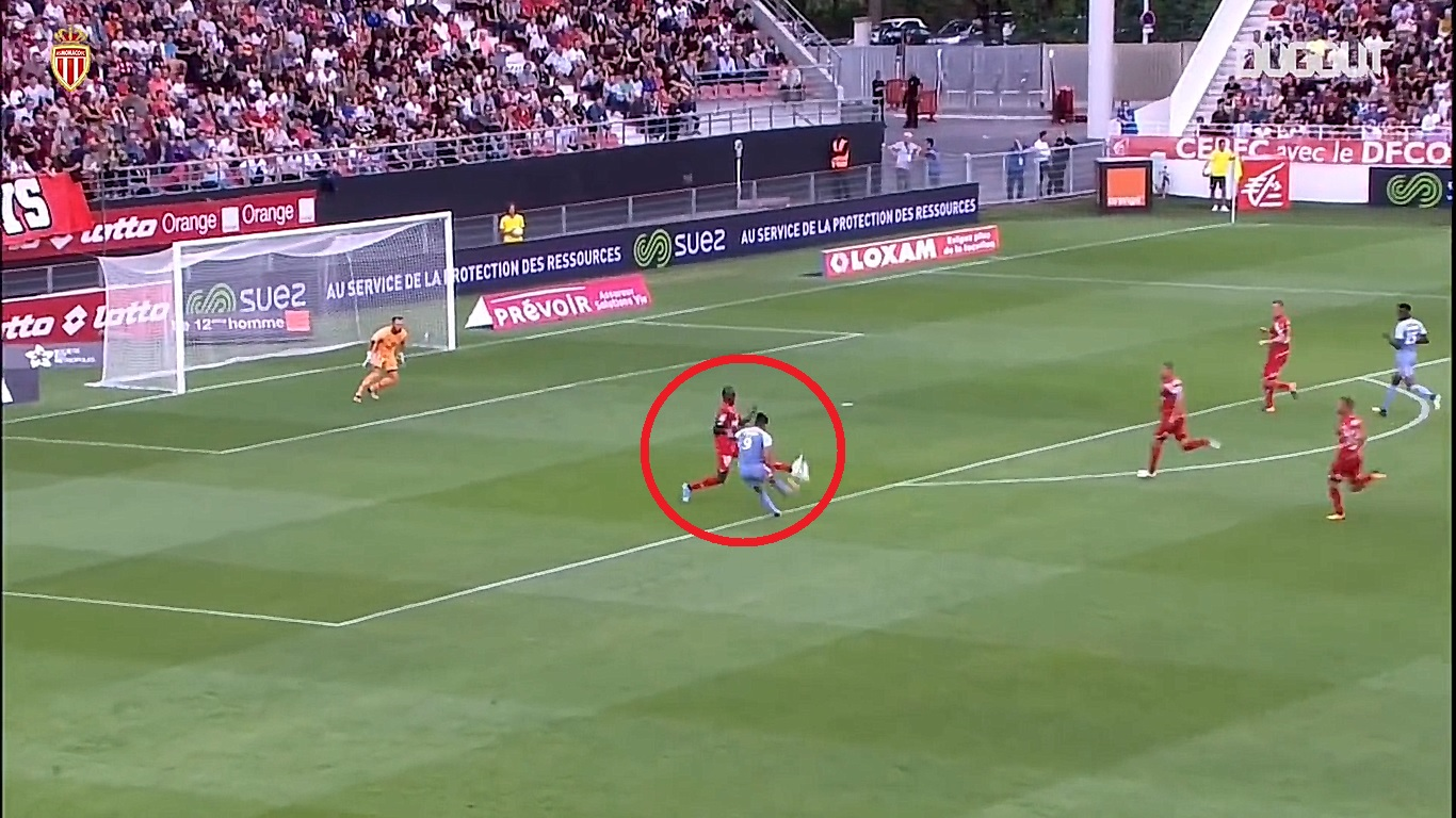 Football - Ligue 1 - En attendant le foot : la superbe frappe enroulée de Falcao avec Monaco