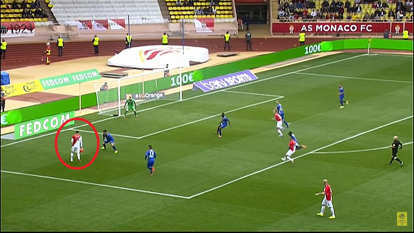 Football - Ligue 1 - En attendant le foot : le lob exquis de Berbatov avec Monaco