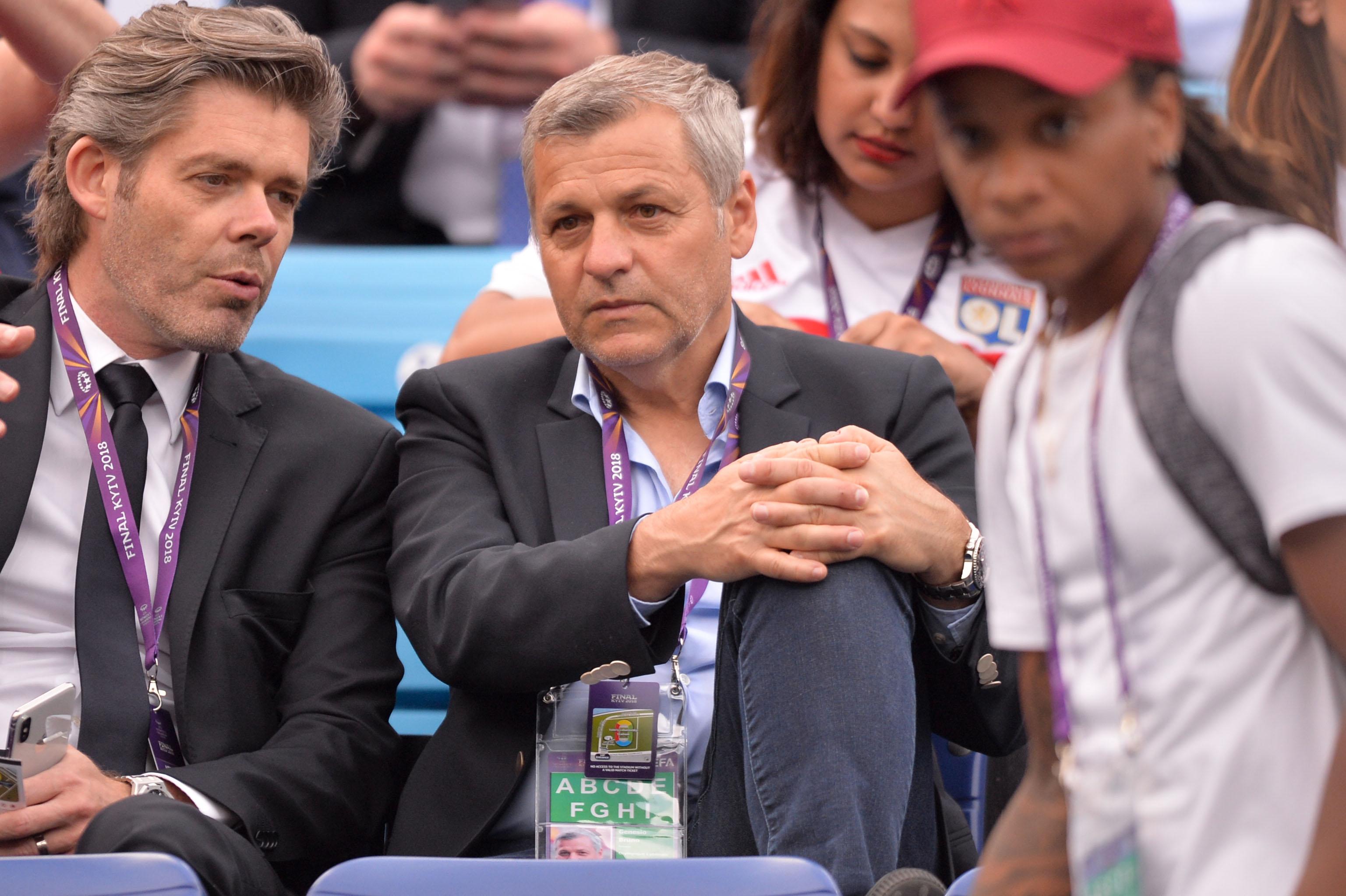 Football - Ligue 1 - Genesio sera encore l'entraîneur de Lyon la saison prochaine