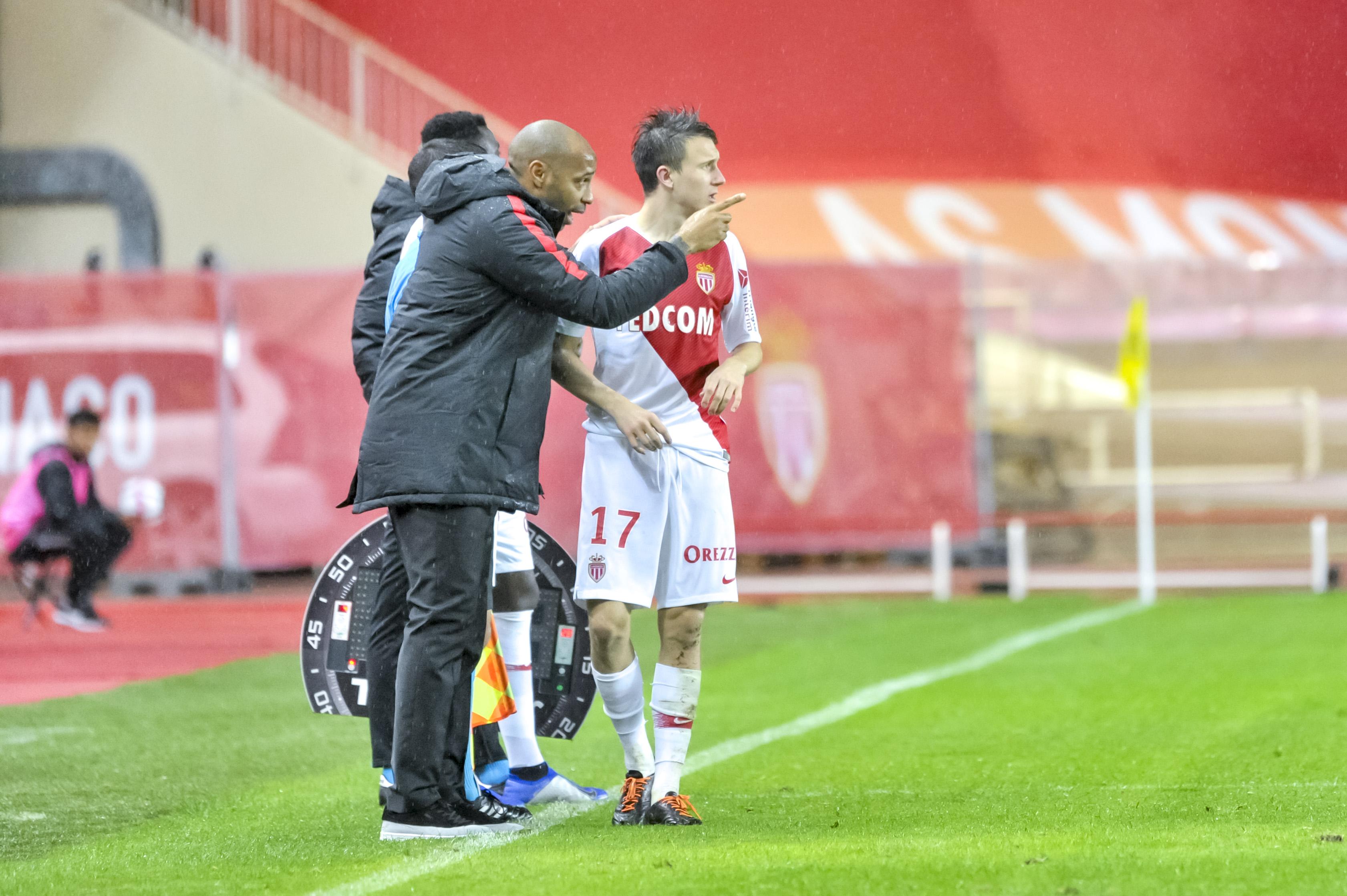 Football - Ligue 1 - Golovin tacle Thierry Henry : «Il n'est pas encore prêt à entraîner»