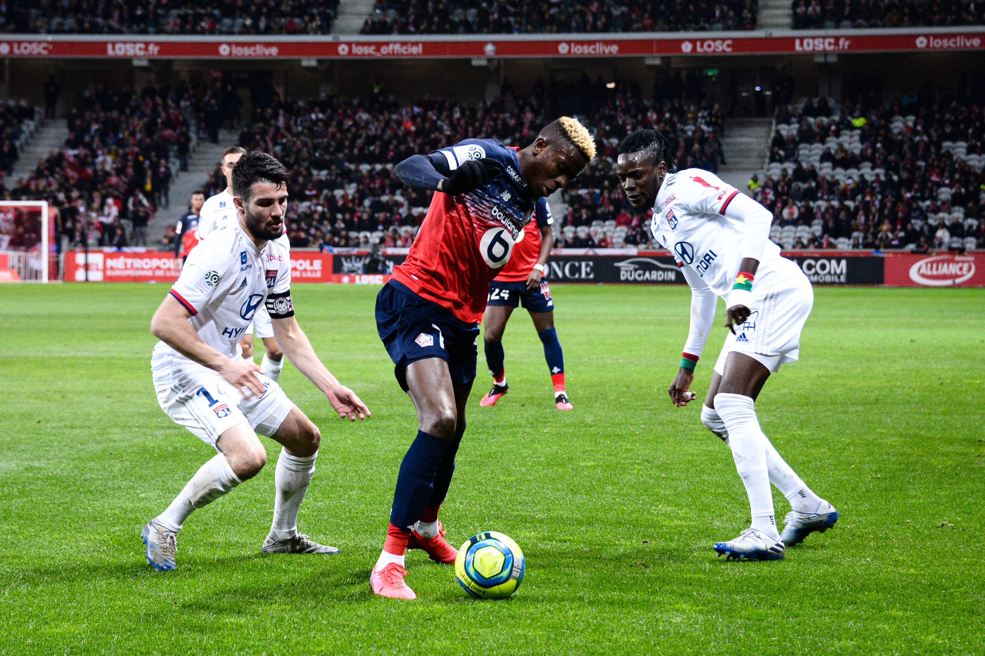 Football - Ligue 1 - La LFP vise une reprise de la saison de Ligue 1 le 17 juin