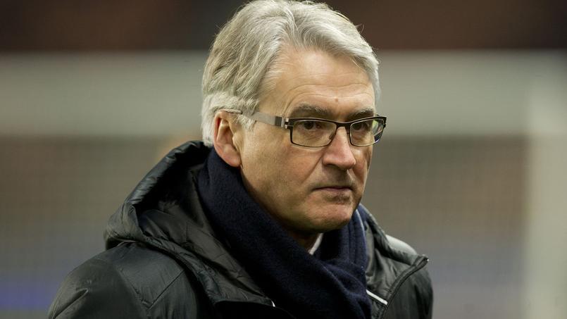 Football - Ligue 1 - Le docteur Eric Rolland écarté du banc du PSG