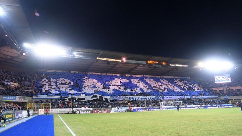 Football - Ligue 1 - Le RC Strasbourg célèbre son record d'abonnés cette saison