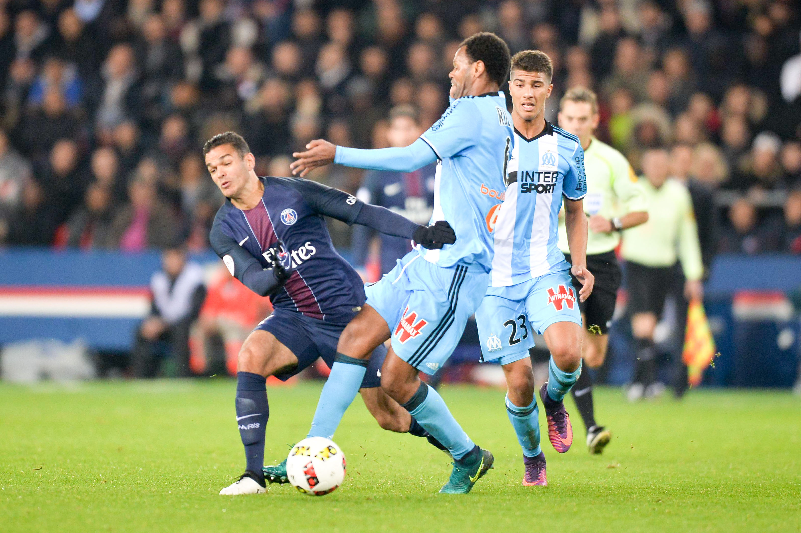 Football - Ligue 1 - Les notes de l'OM : Rolando en costaud, Njie fantomatique