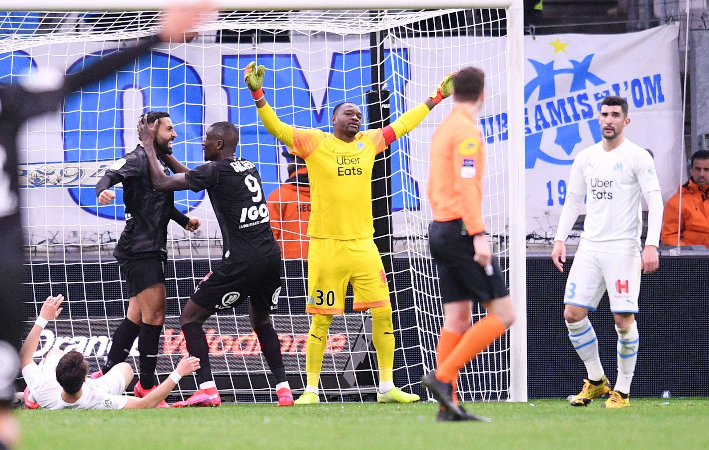 Football - Ligue 1 - Marseille gâche et joue à se faire peur