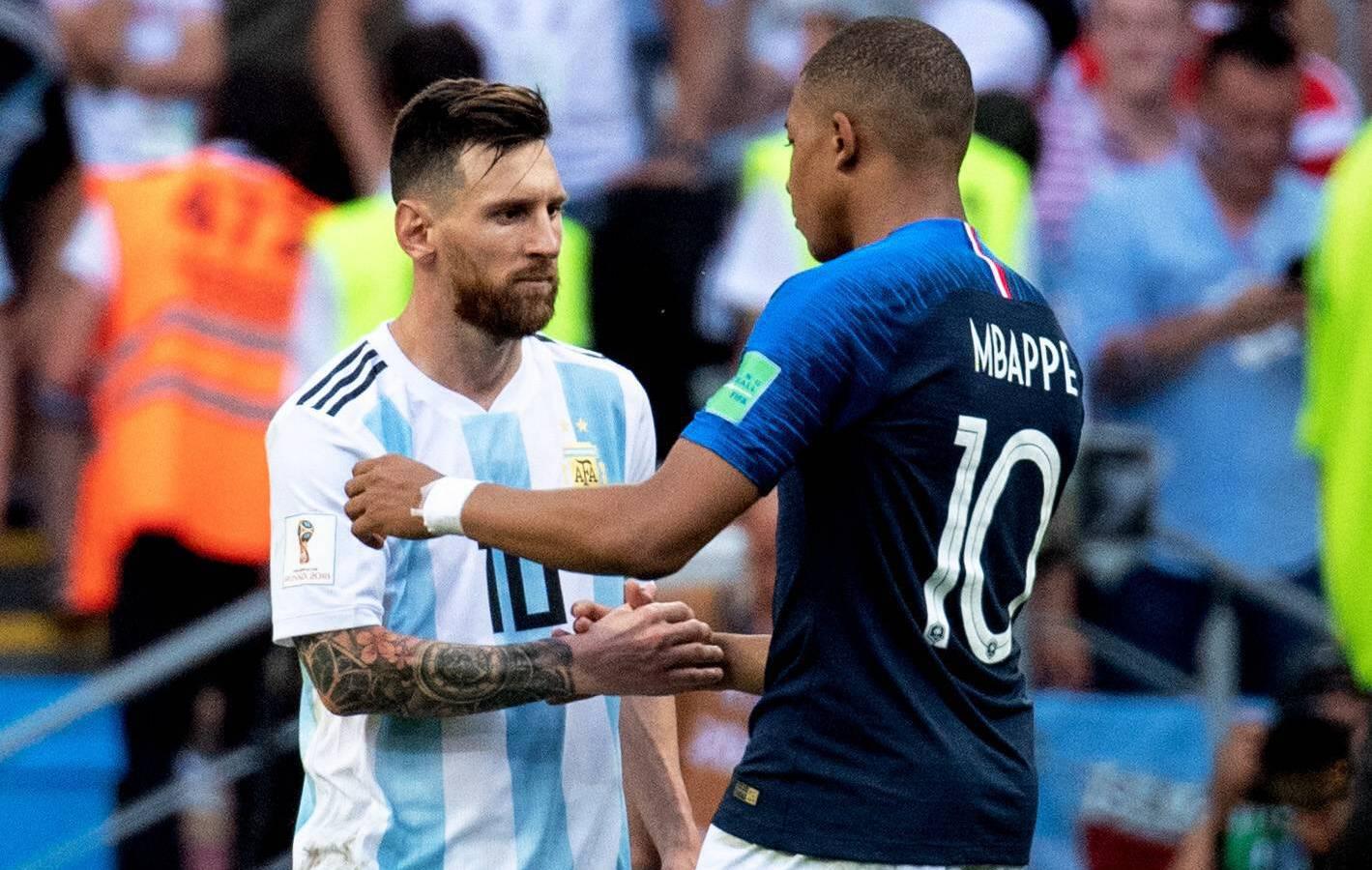 Football - Ligue 1 - Mbappé-Messi, qui sera le Soulier d'Or de la saison ?