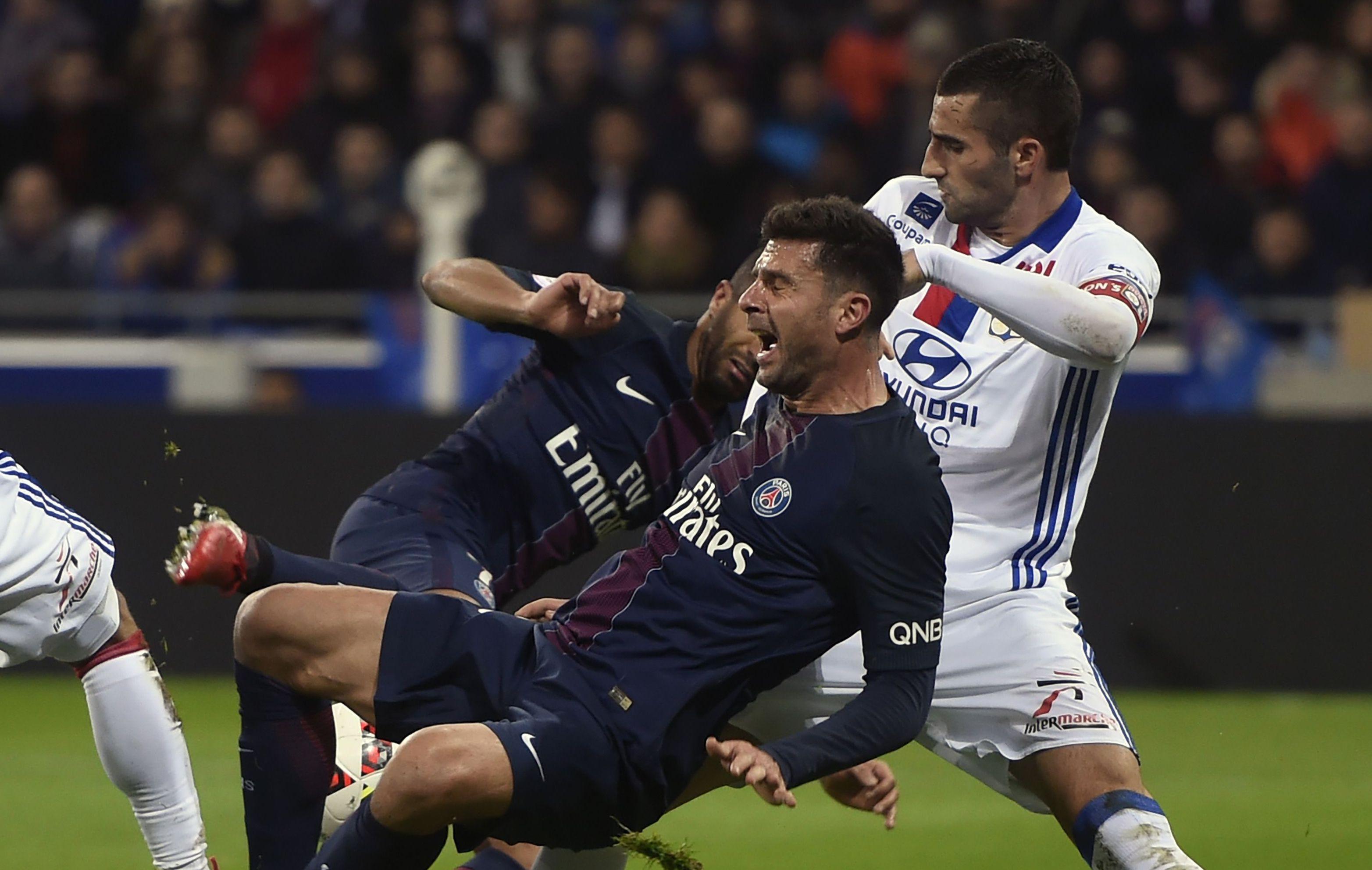 Football - Ligue 1 - Motta : «Je n'aime pas parler de Cavani-dépendance»