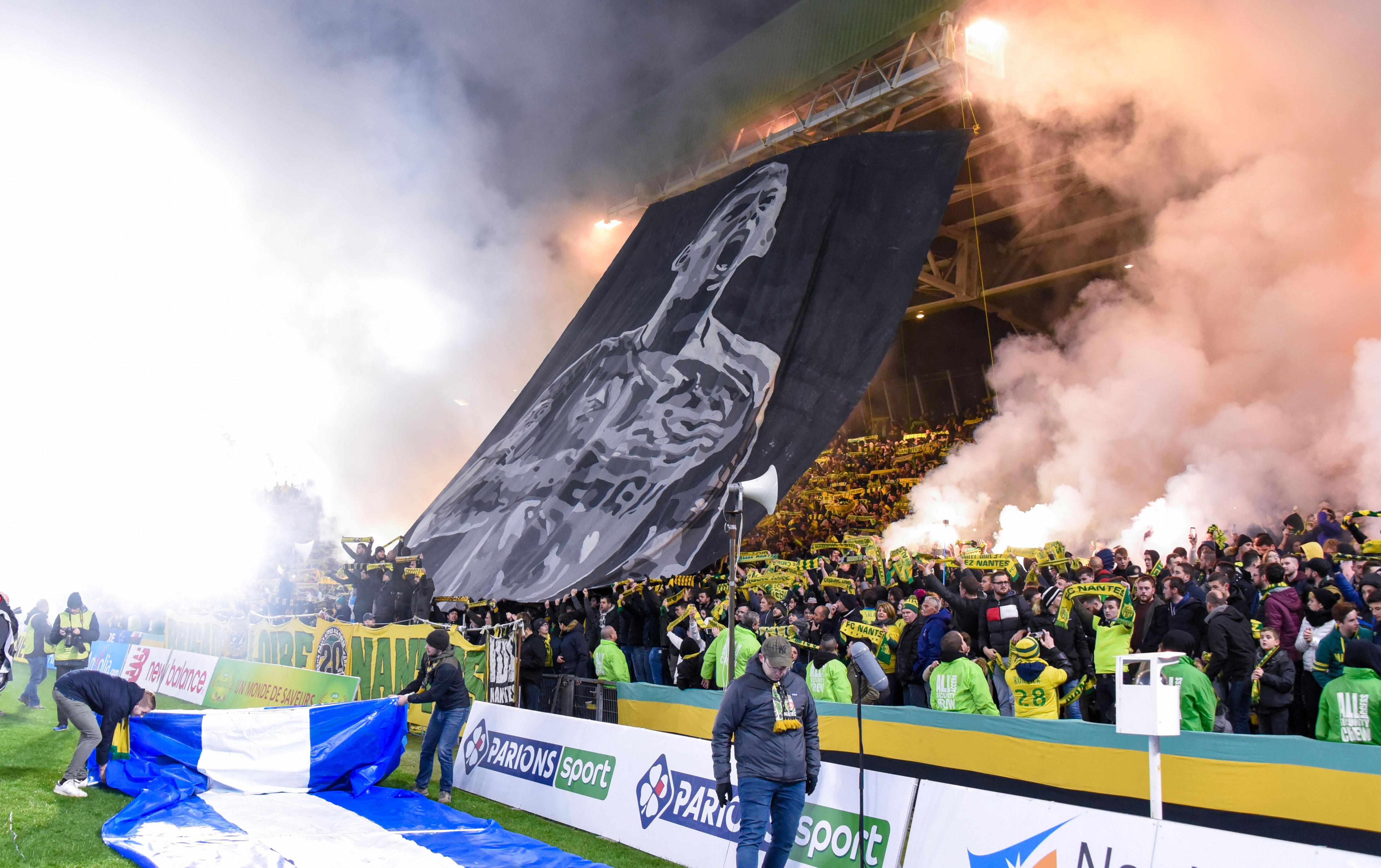 Football - Ligue 1 - Nantes sanctionné pour usage de fumigènes... lors de l'hommage à Emiliano Sala