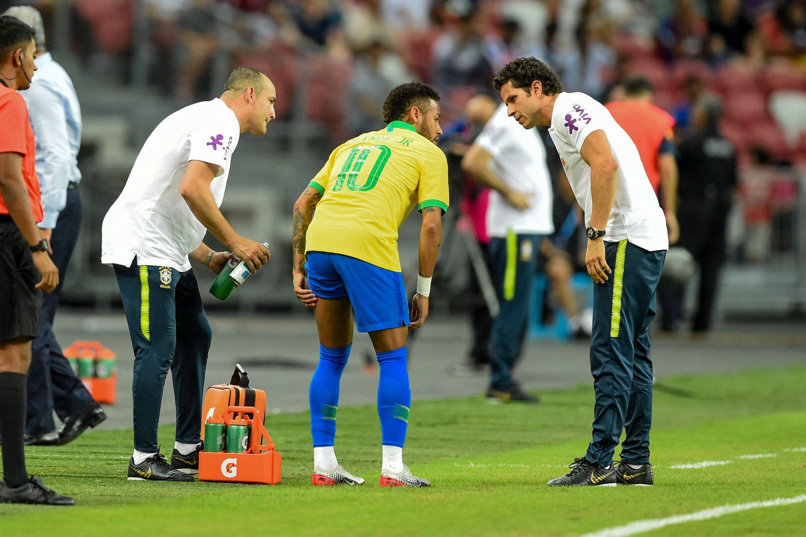 Football - Ligue 1 - PSG : Neymar blessé et absent quatre semaines