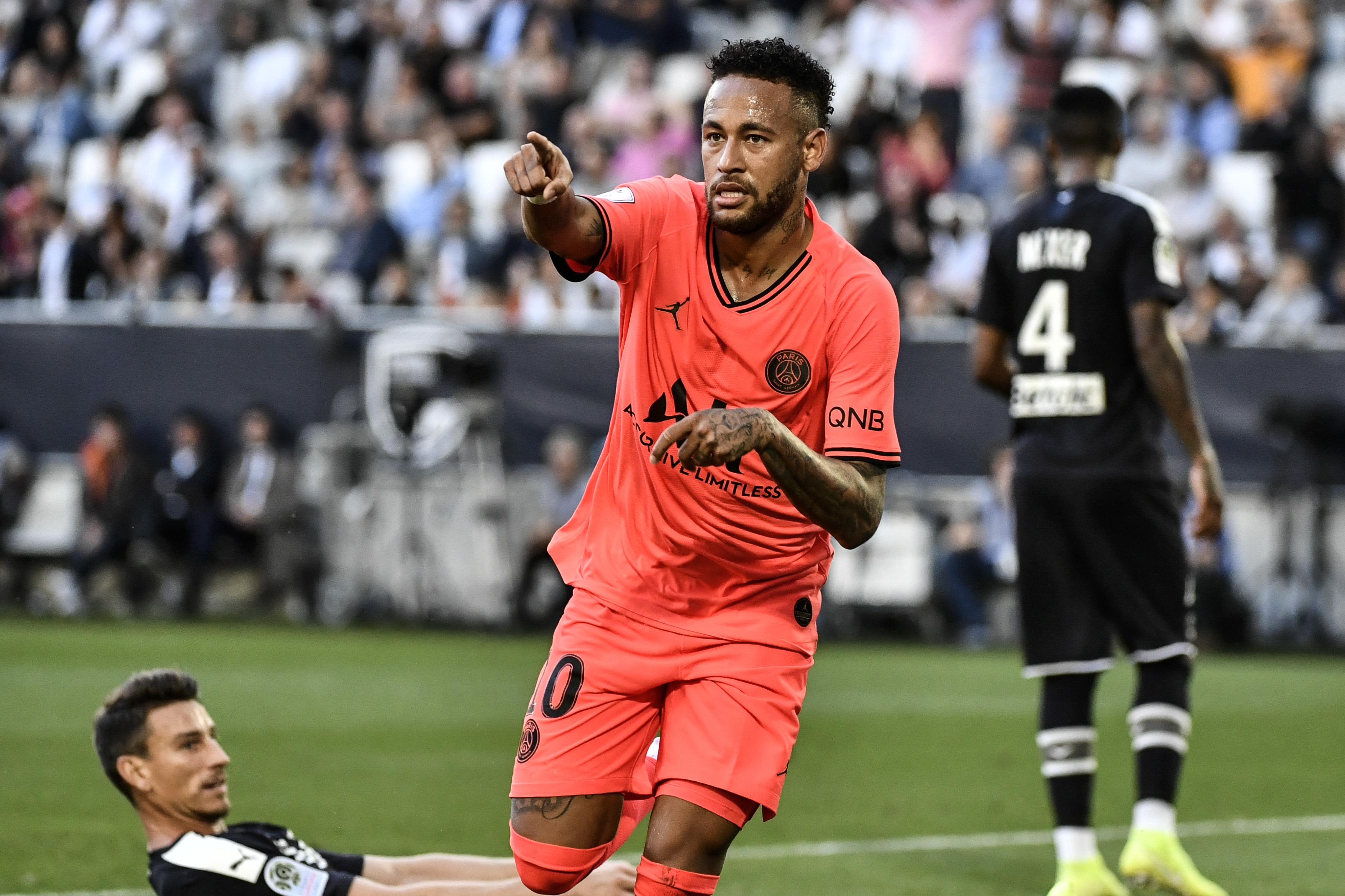 Neymar sur les supporters : «J'espère que l'amour va revenir»