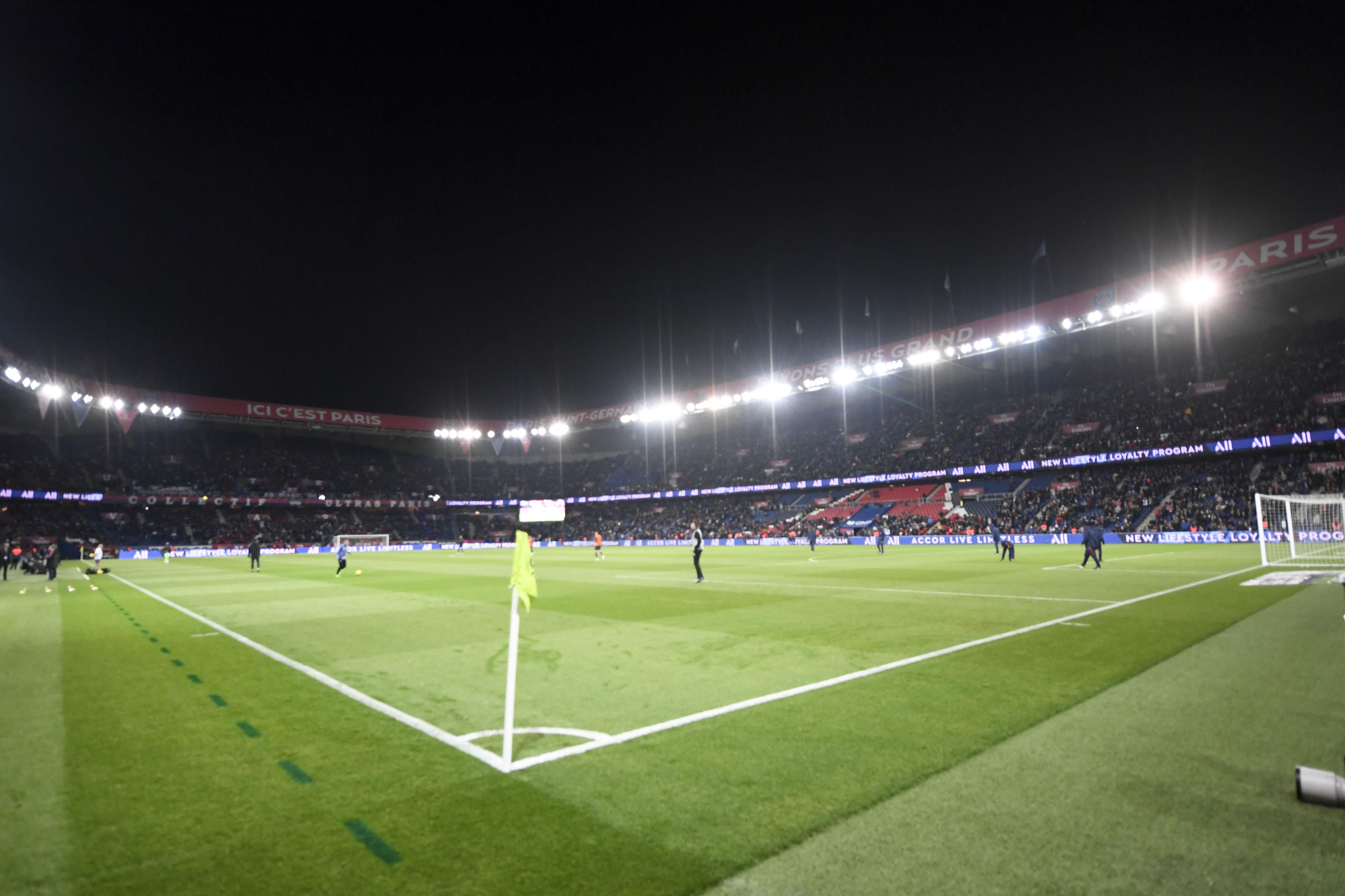 Football - Ligue 1 - Notre-Dame : le PSG invite les pompiers de Paris pour le match face à Monaco