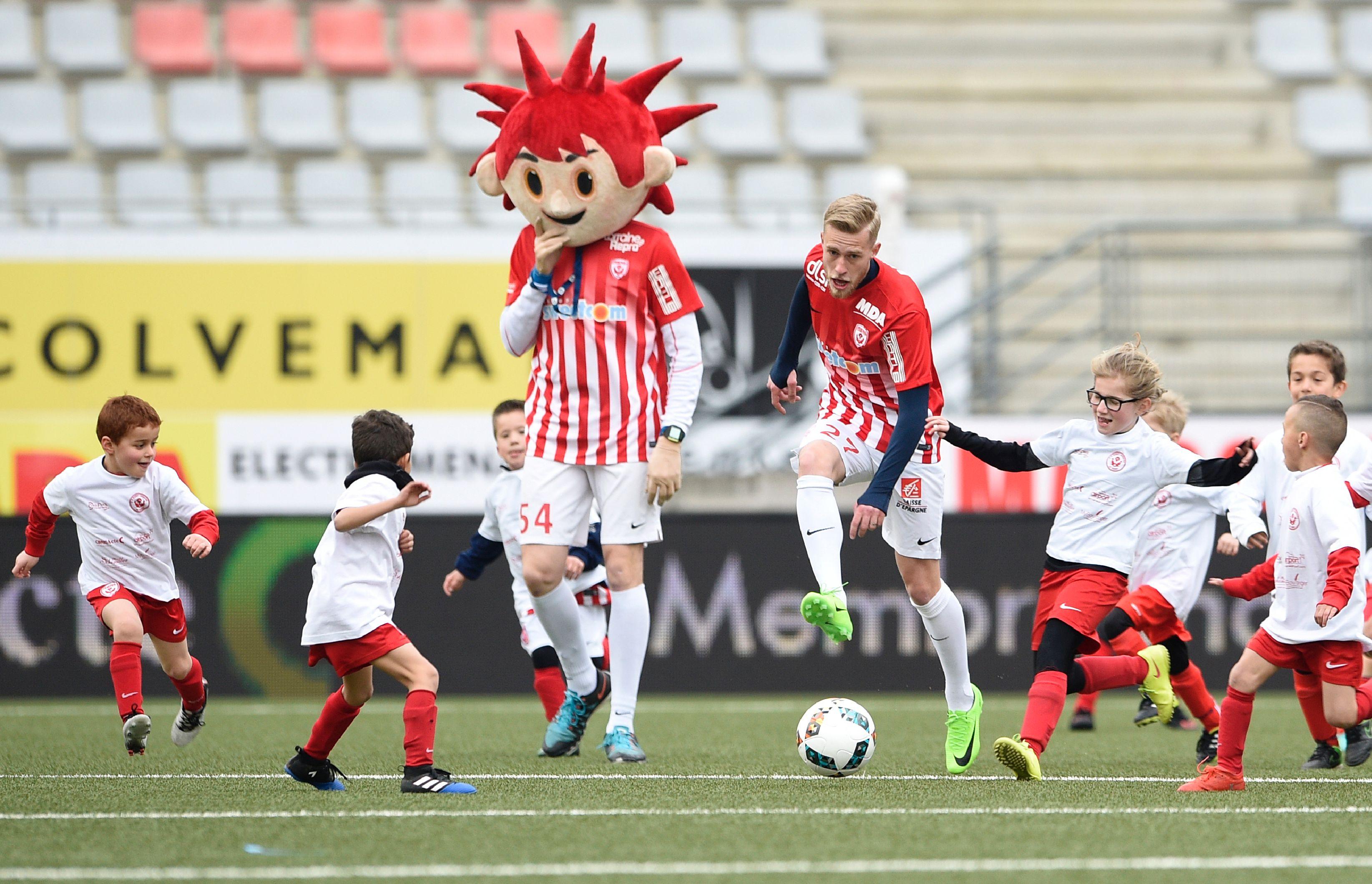 Football - Ligue 1 - Pour ses 50 ans, Nancy s'offre un match de ... 50 heures
