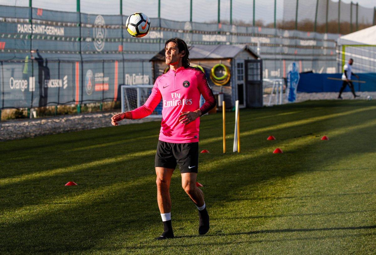 Football - Ligue 1 - PSG : Cavani pourrait faire son retour samedi à Caen, juste avant Manchester