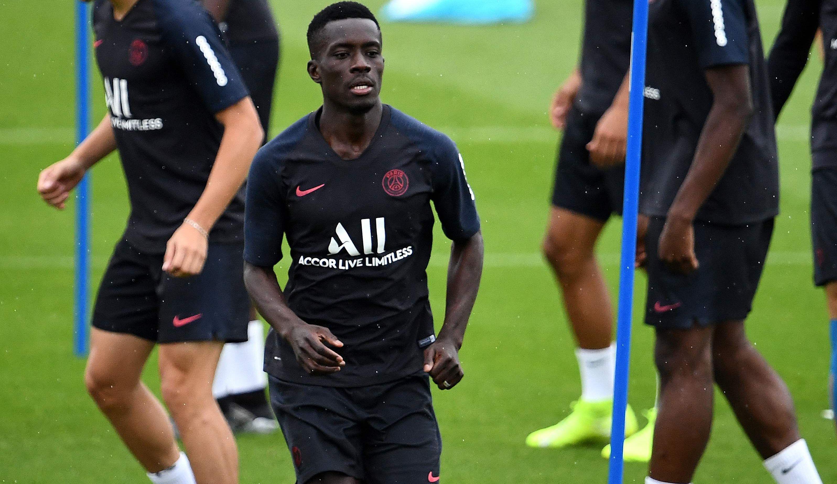 Football - Ligue 1 - PSG : Gueye, nouveau maillon fort du milieu ou dauphin de «Marqui» ?
