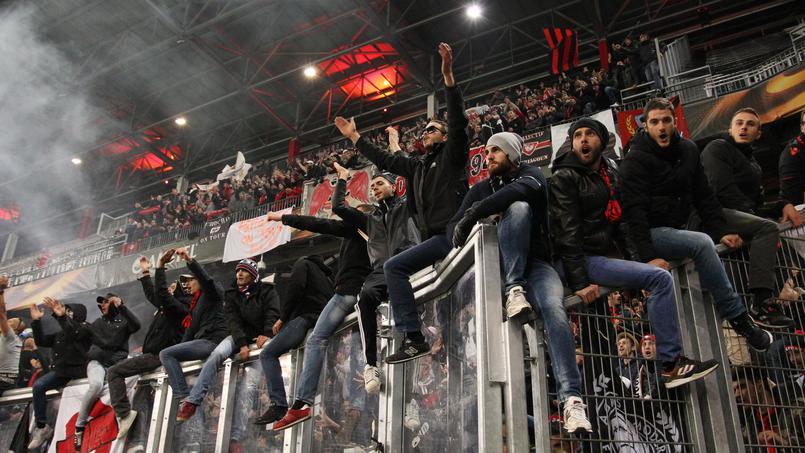 Football - Ligue 1 - PSG-Nice: le joli geste des dirigeants azuréens