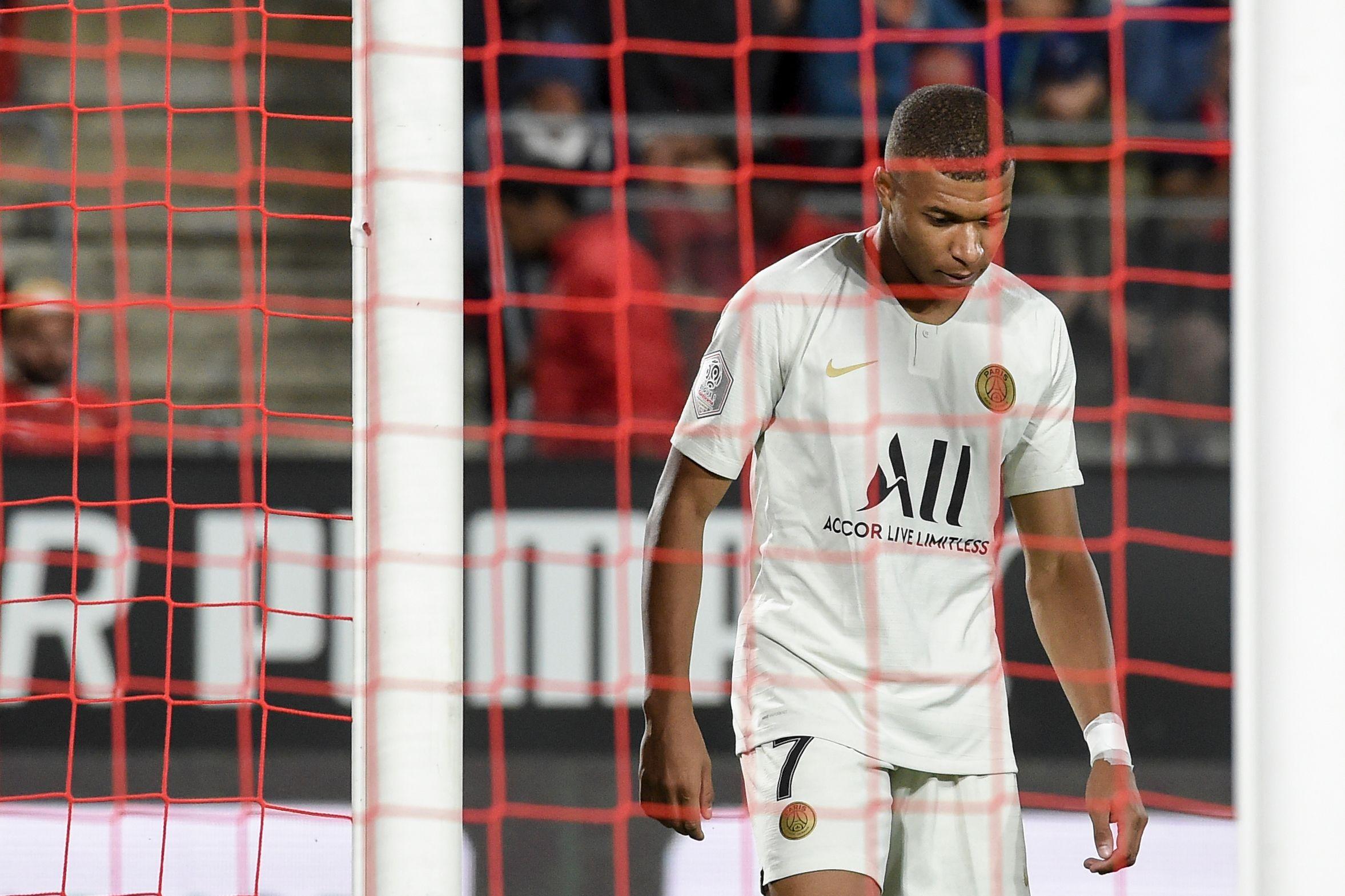 Football - Ligue 1 - PSG: questions pour un champion