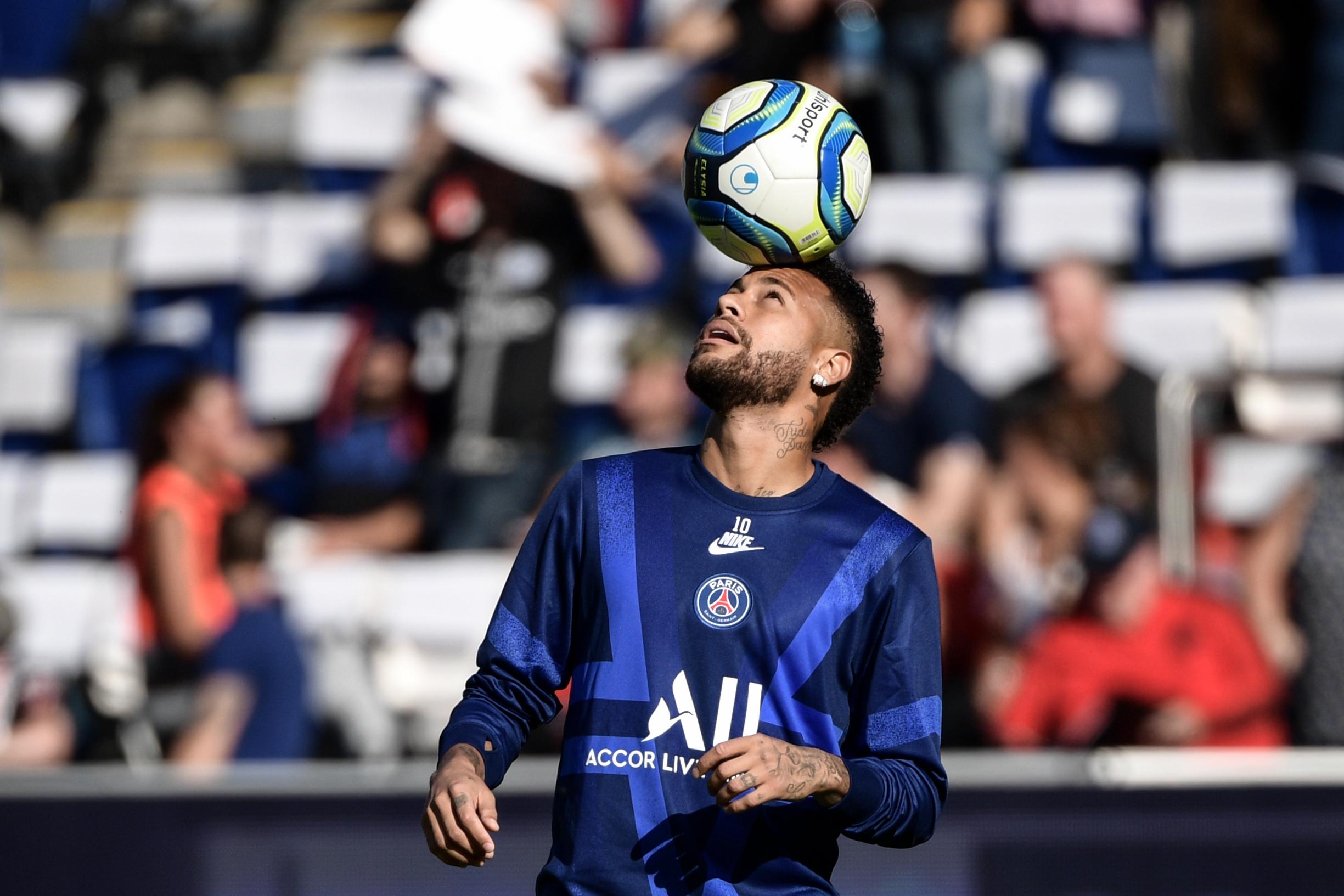 Football - Ligue 1 - PSG-Strasbourg : Neymar sifflé et insulté par... les supporters parisiens