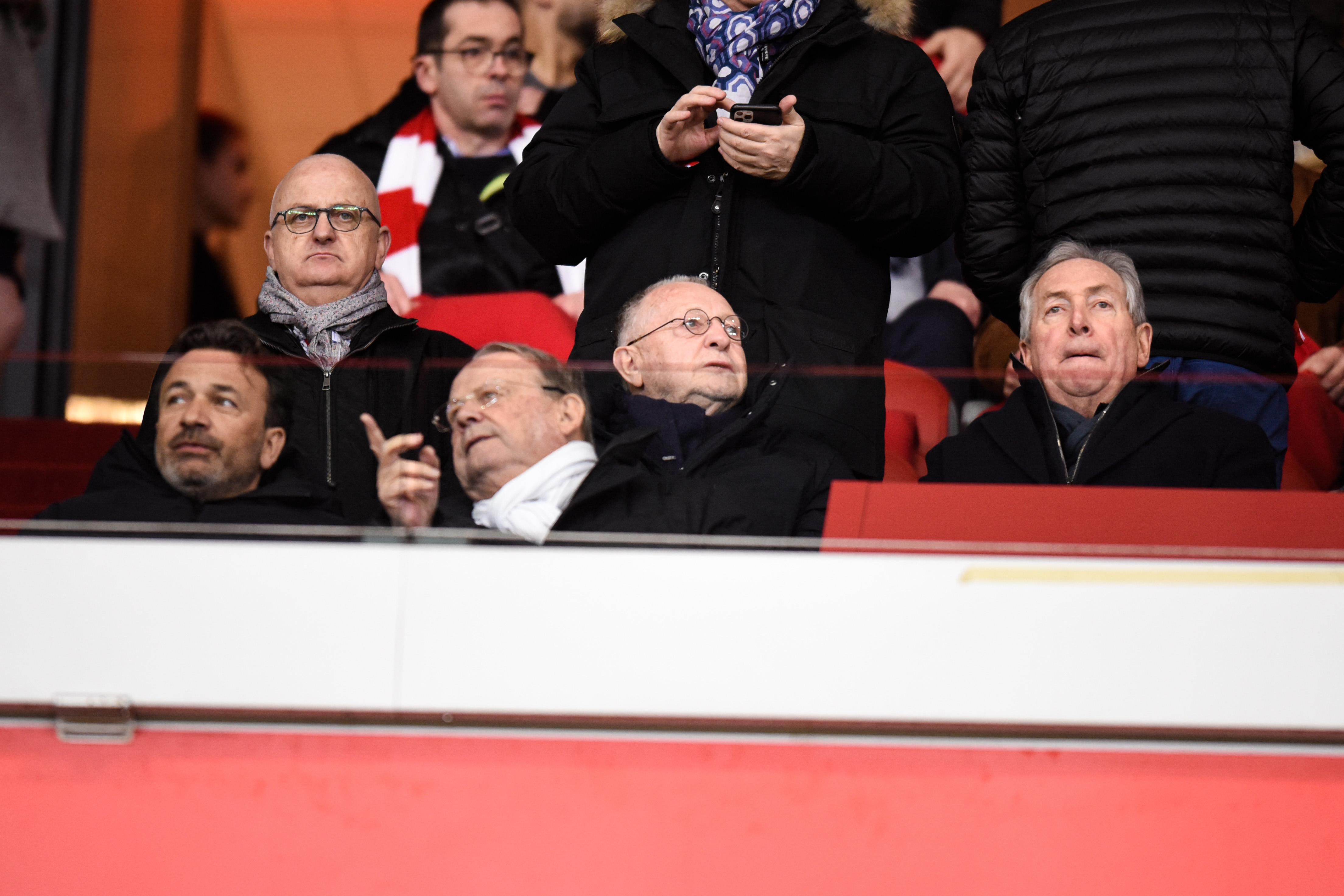 Football - Ligue 1 - Reprise de la Ligue 1 :l'OL annonce avoir «officiellement saisi» la LFP