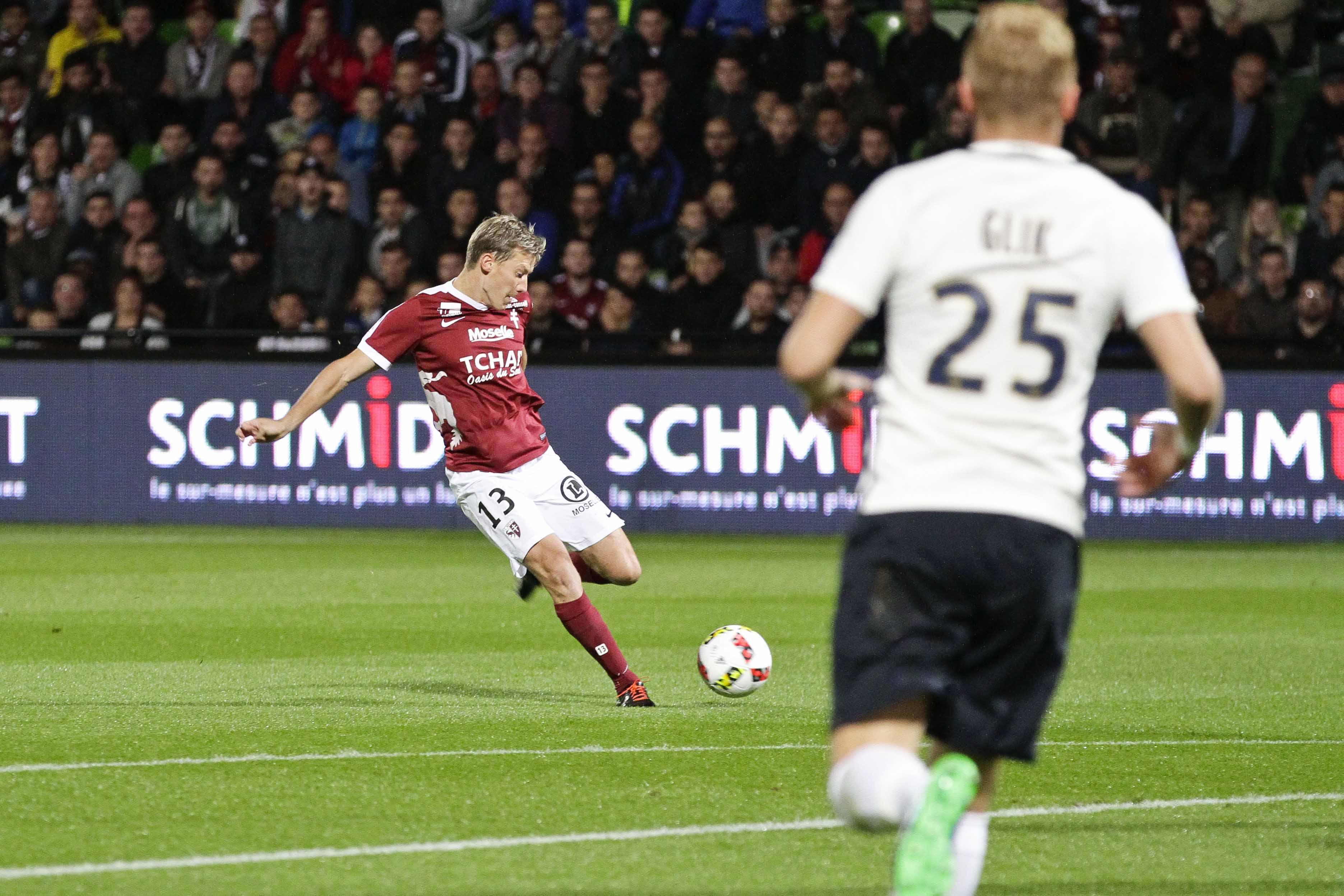 Football - Ligue 1 - Balayé 0-7 avec Metz, Signorino a vécu «la pire soirée de sa carrière»