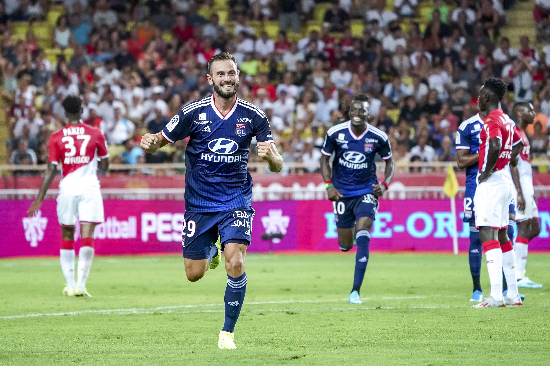 Football - Ligue 1 - Tousart : «On a montré qu'en jouant en équipe, on peut faire de belles choses»