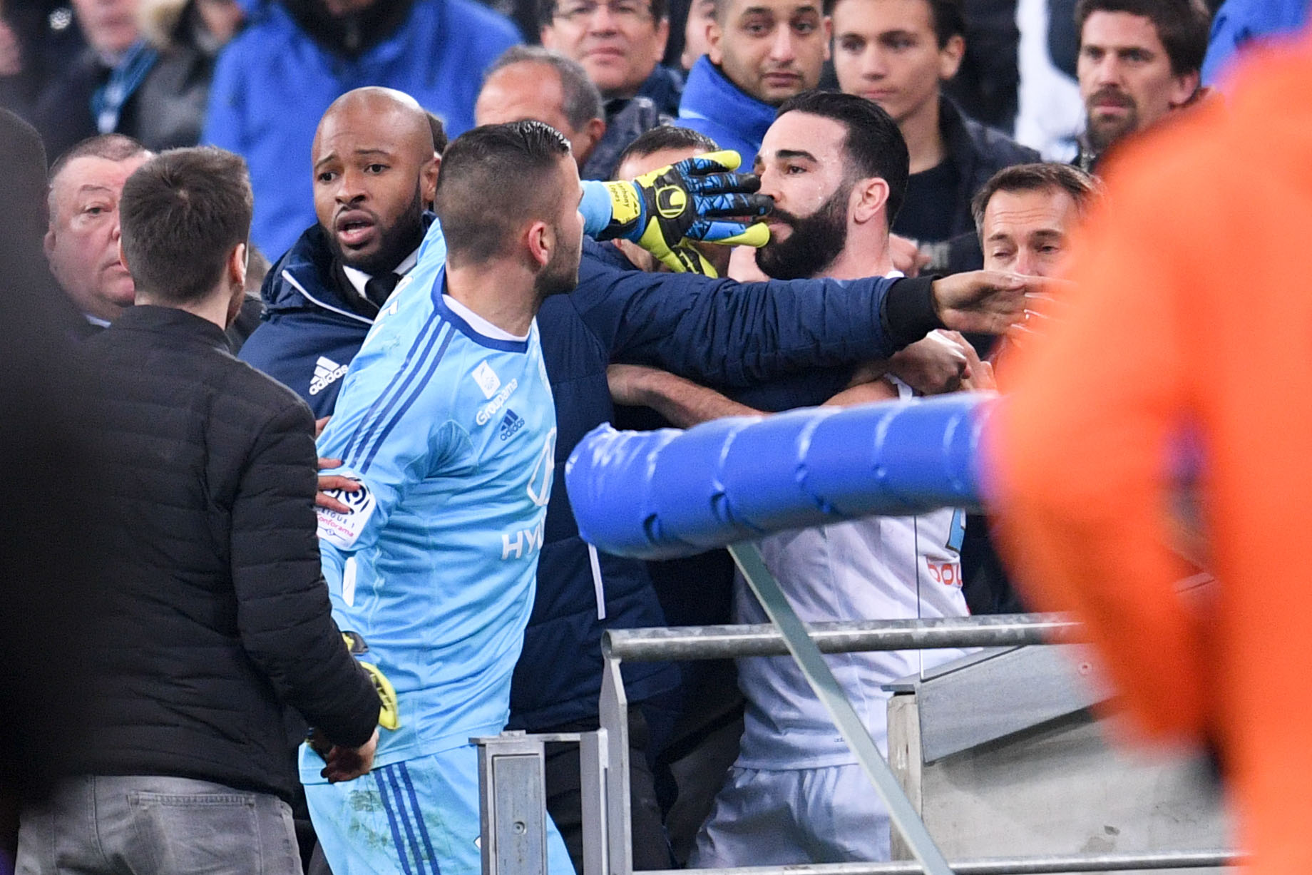 Football - Ligue 1 - Trois matches de suspension pour Anthony Lopes et Adil Rami