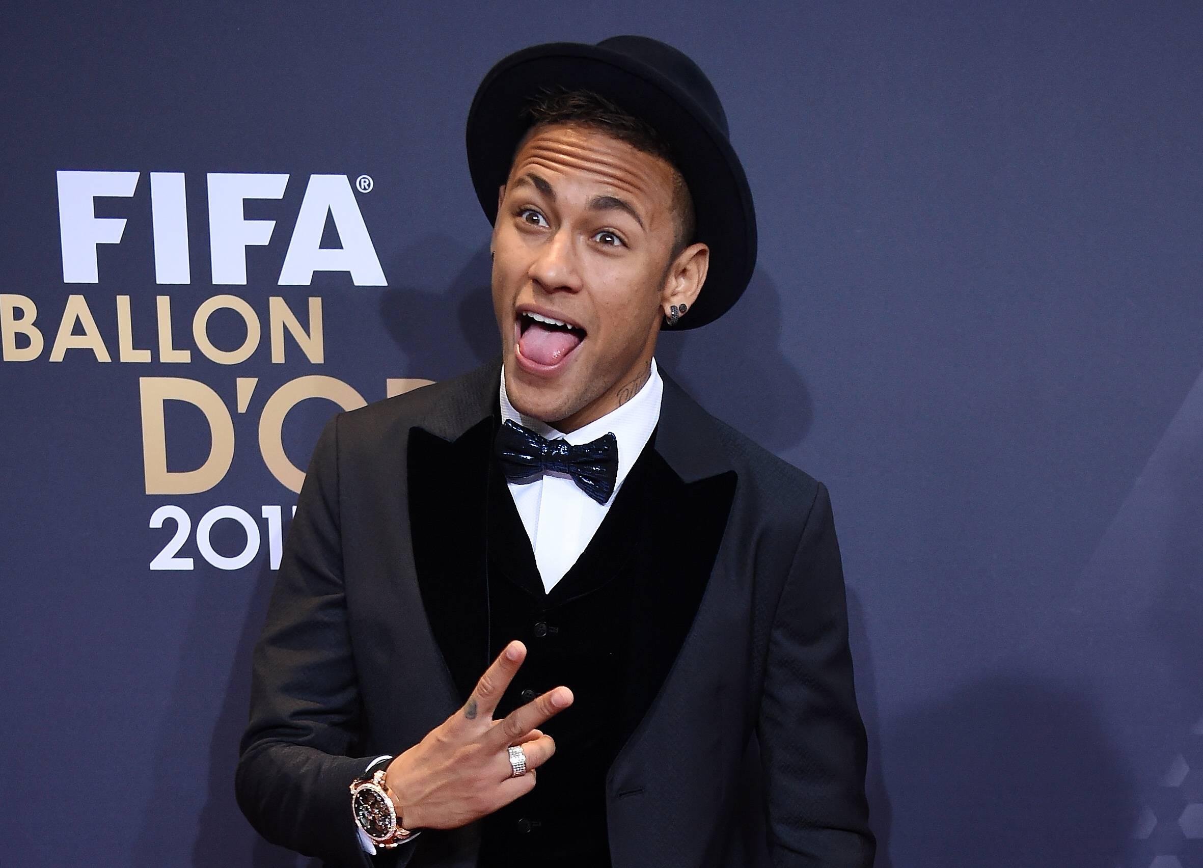 Football - Ligue 1 - Trois millions d'euros pour Neymar s'il a le Ballon d'Or