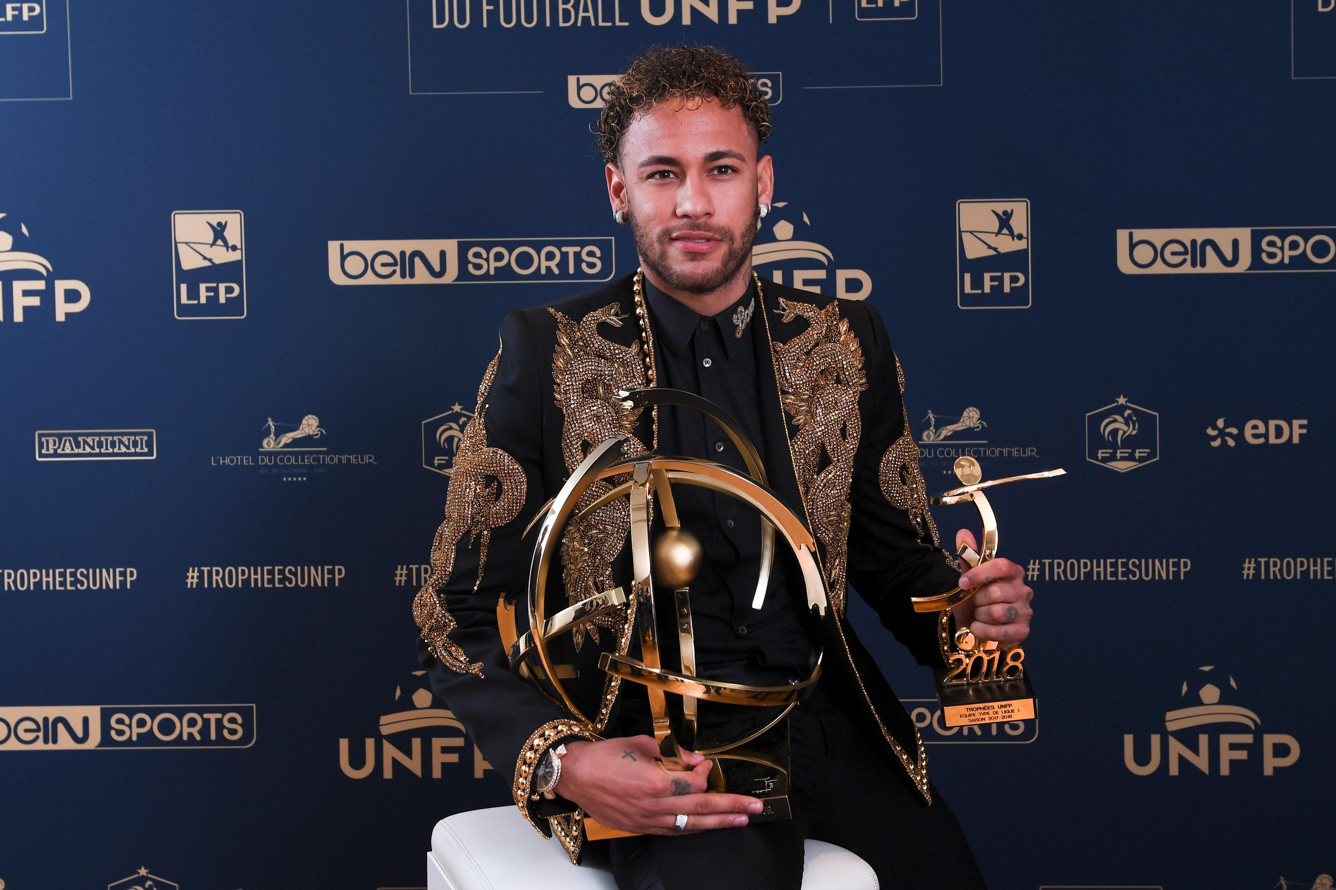 Football - Ligue 1 - Trophées UNFP : votez pour le meilleur joueur, gardien, espoir et entraîneur de Ligue 1