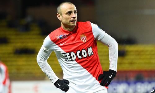 http://sport24.lefigaro.fr/var/plain_site/storage/images/football/ligue-1/homes-clubs/monaco/actualites/monaco-au-pied-de-la-montagne-738059/18386905-1-fre-FR/Monaco-au-pied-de-la-montagne_article_hover_preview.jpg