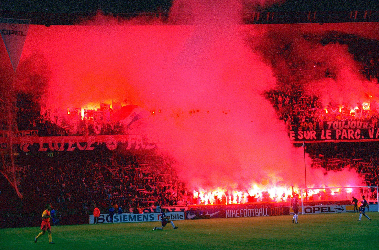Football - Ligue 1 - Ultras, le long chantier du Paris SG