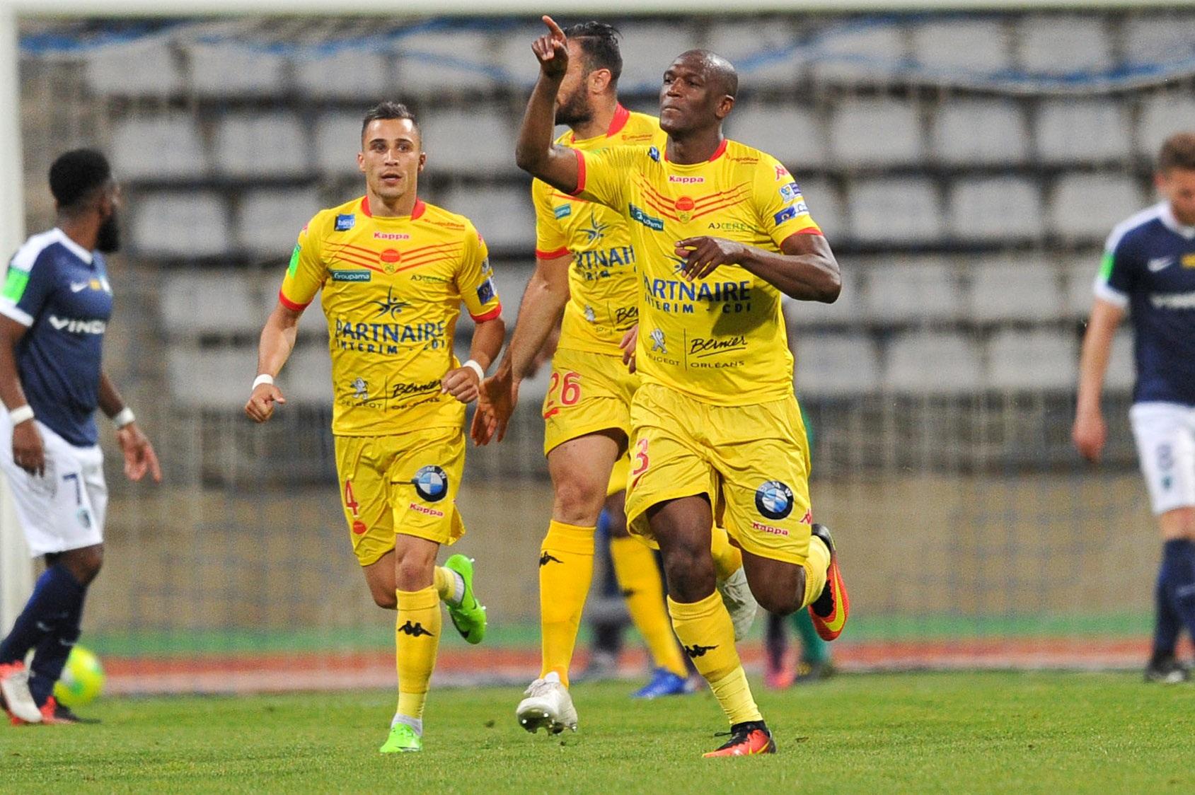 Football - Ligue 2 - Barrage L2/National : Orléans remporte l'aller dans la douleur