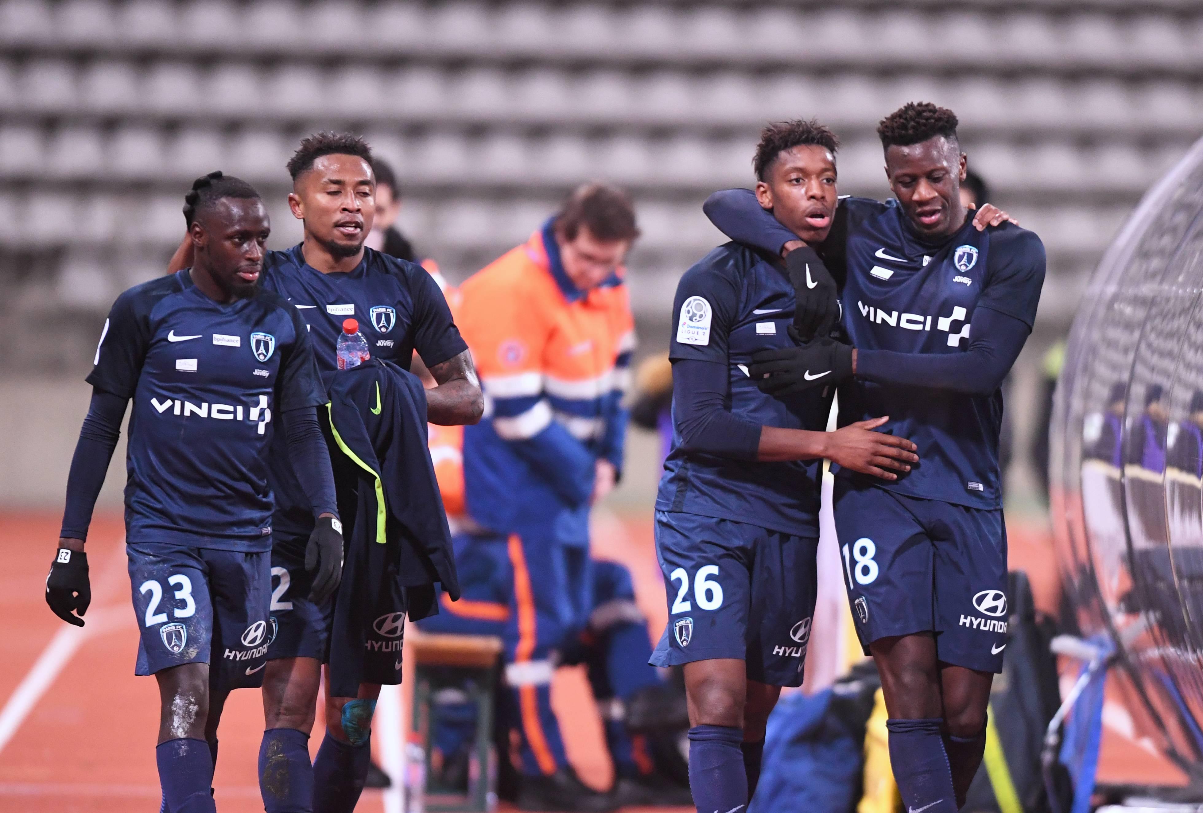 Dans-le-creux-de-la-vague-le-Paris-FC-vi