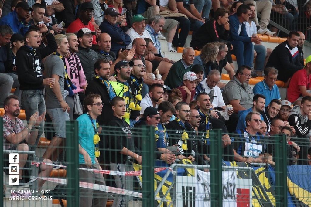 Football - Ligue 2 - Deux supporteurs de Chambly agressés après le match contre Grenoble