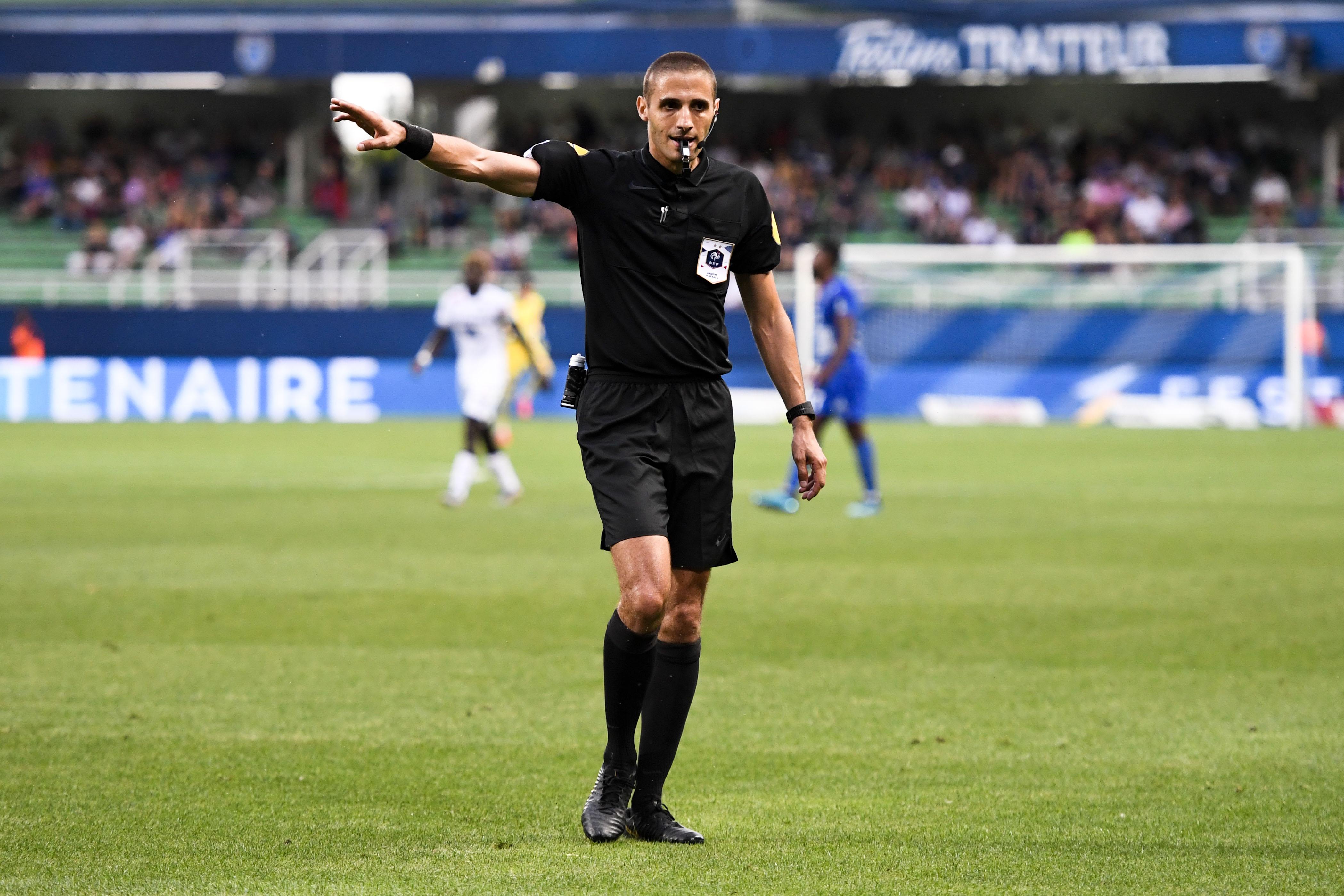 Football - Ligue 2 - Le match Nancy-Le Mans interrompu par l'arbitre pour cause de chants homophobes
