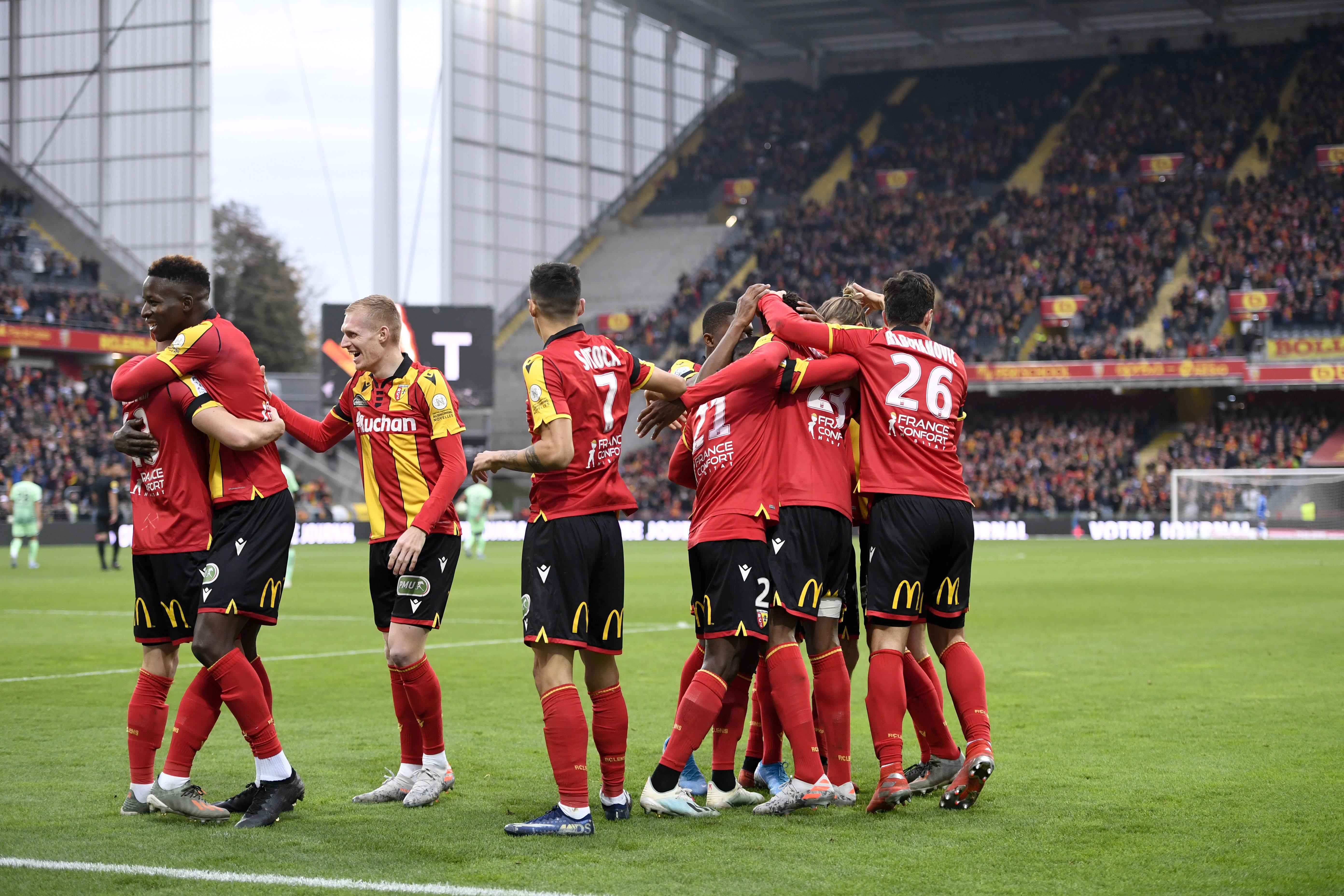 Football - Ligue 2 - Lens et Lorient au top, Caen et Guingamp dans le dur : Le point sur la Ligue 2