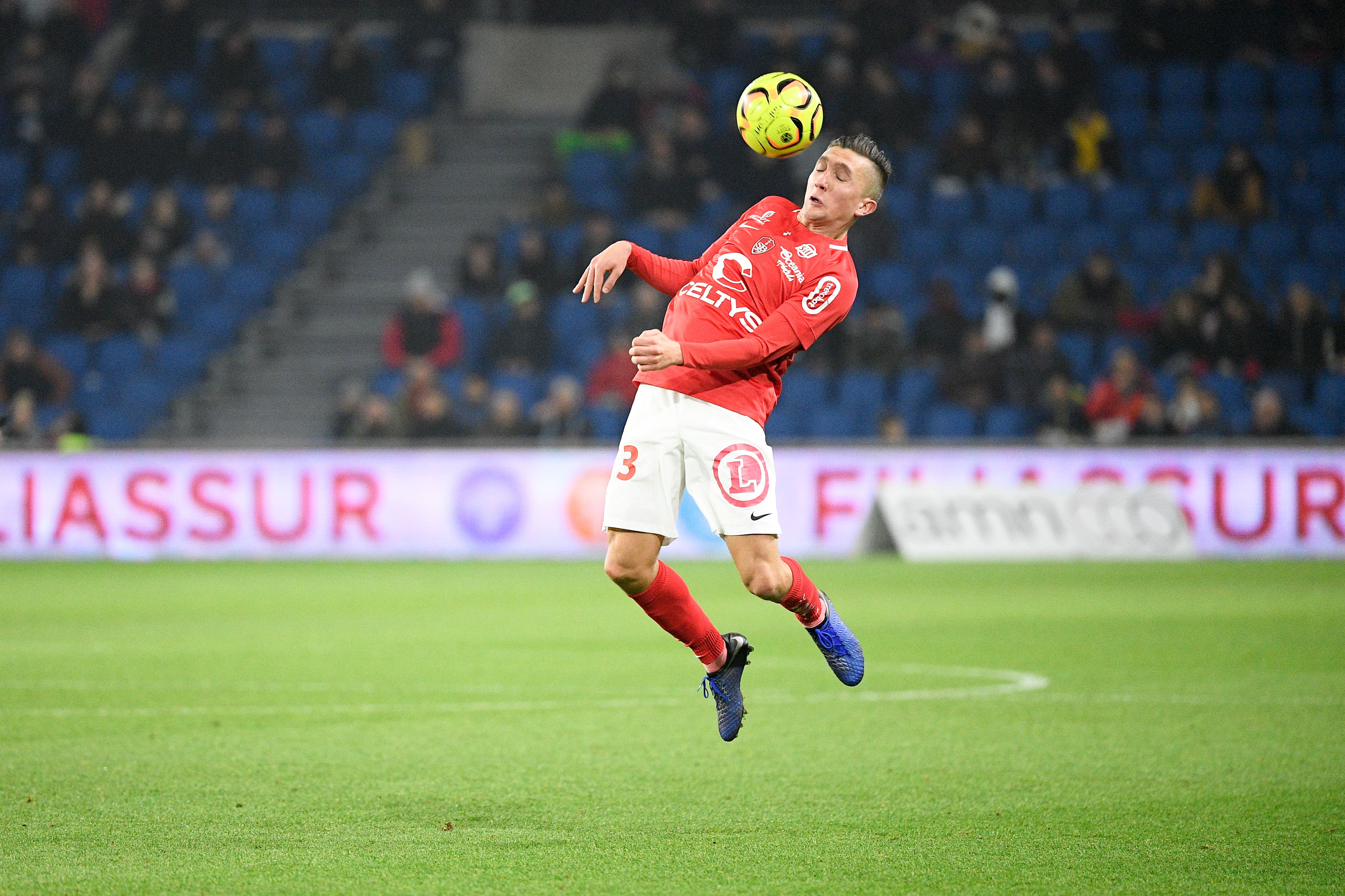 Football - Ligue 2 - Ligue 2 : Brest-Auxerre en direct