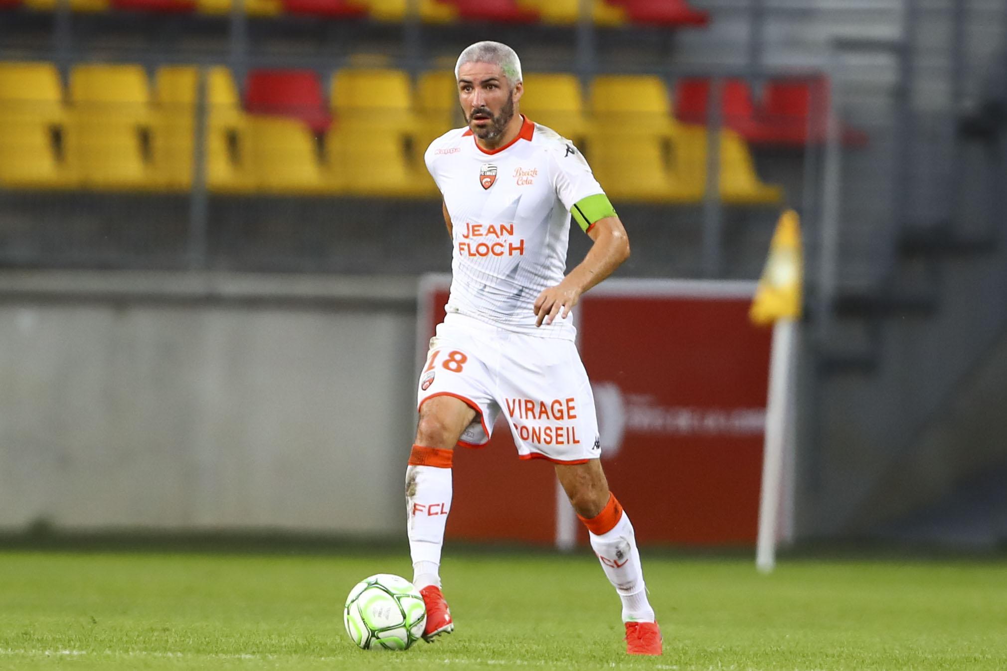Football - Ligue 2 - Ligue 2: Clermont-Lorient en direct