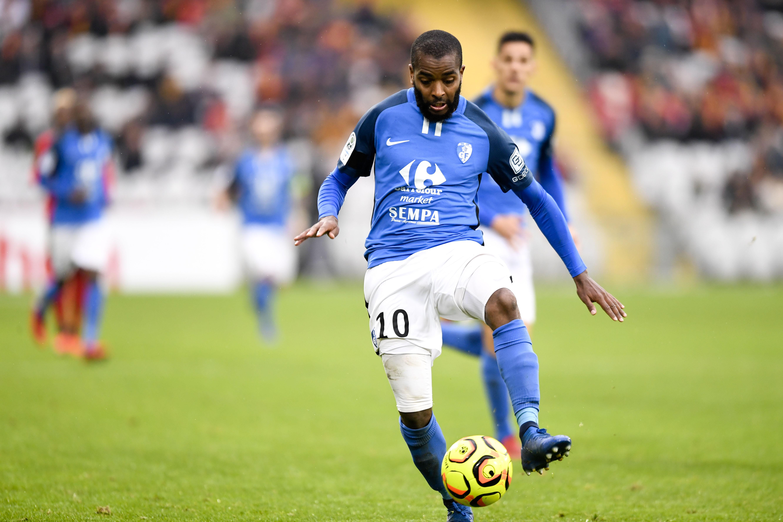 Football - Ligue 2 - Ligue 2: Grenoble-Metz en direct