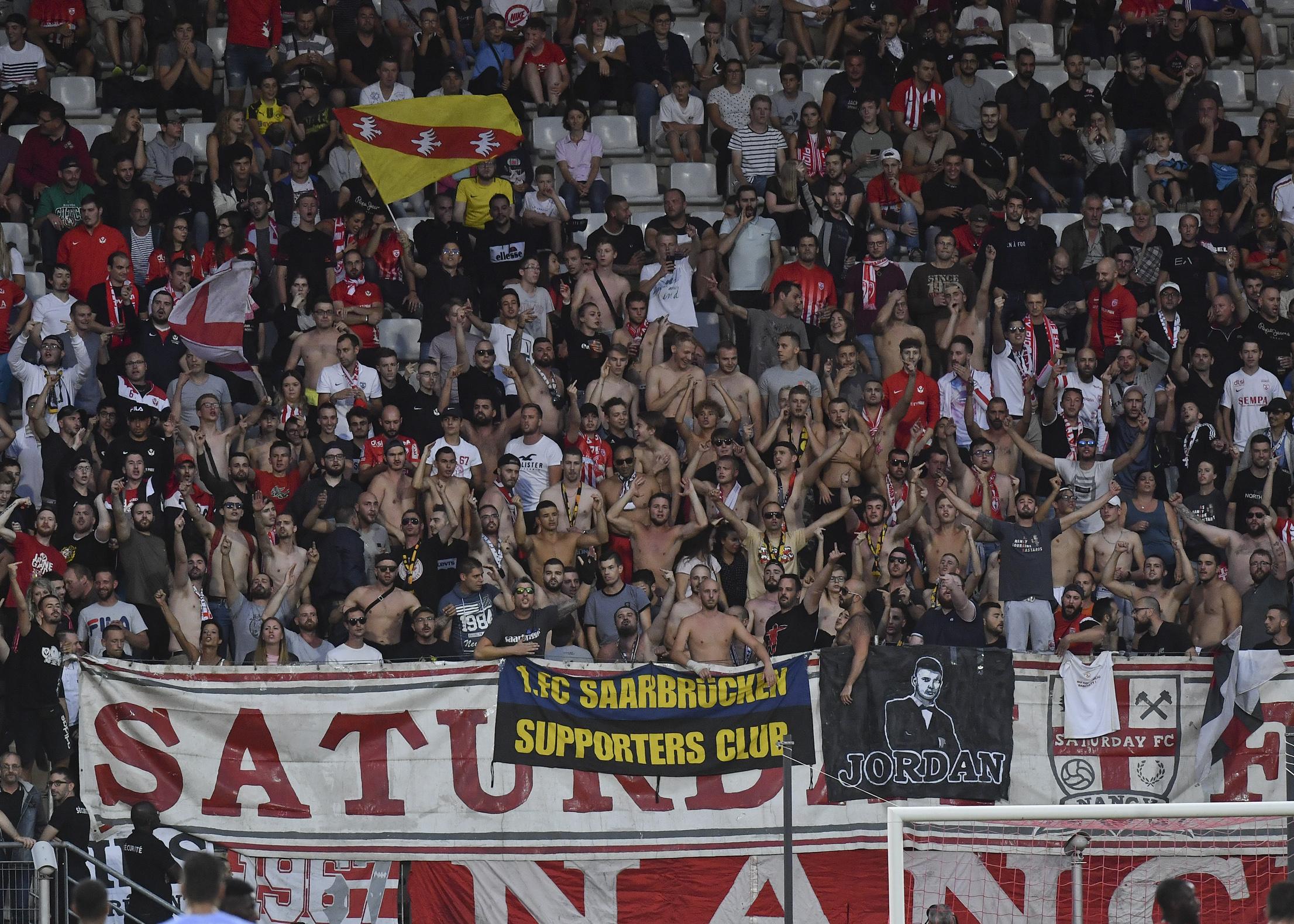 Football - Ligue 2 - Match suspendu à Nancy pour chants insultants : une décision unanimement saluée