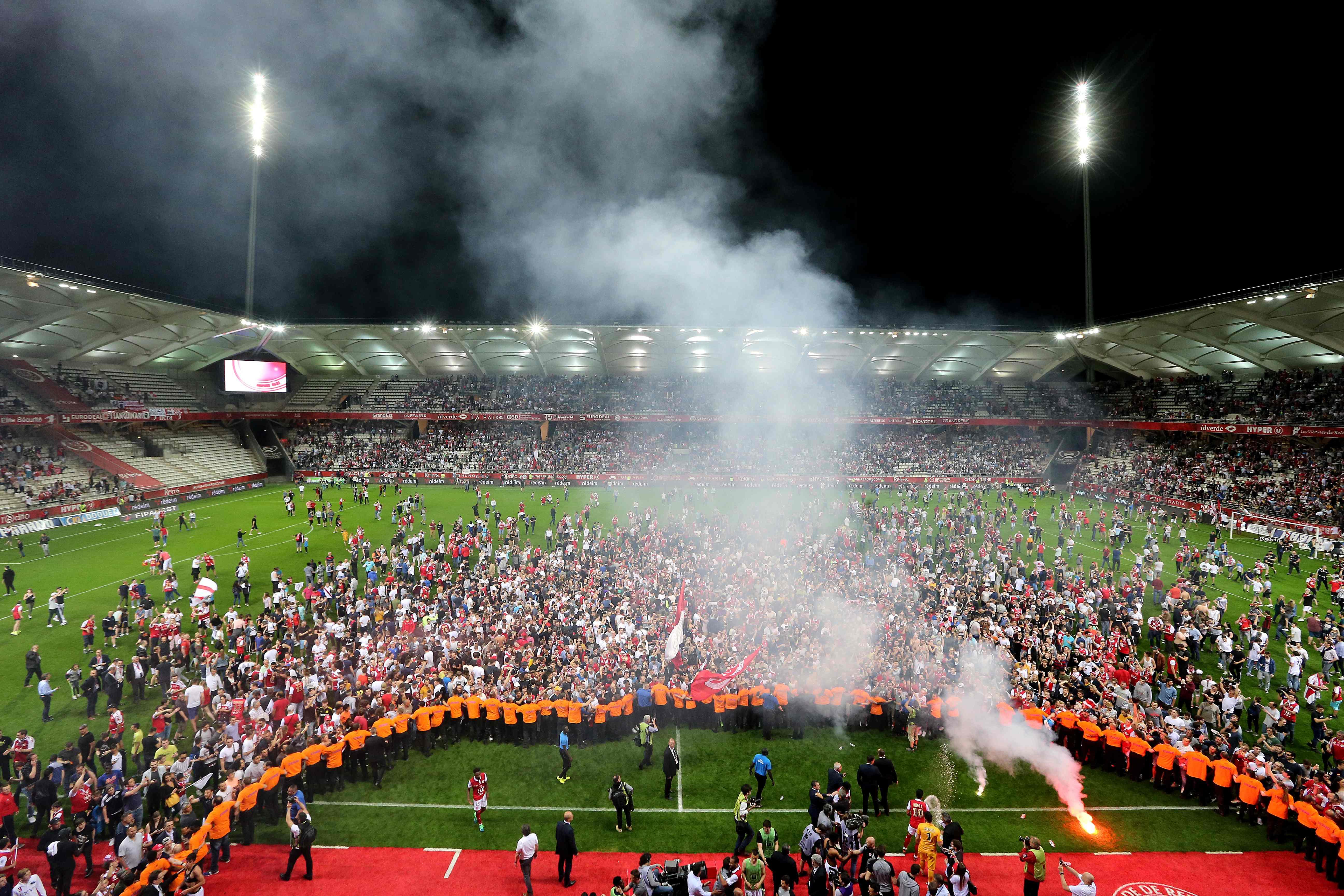 Football - Ligue 2 - Reims, de retour au plus haut niveau après une saison flamboyante