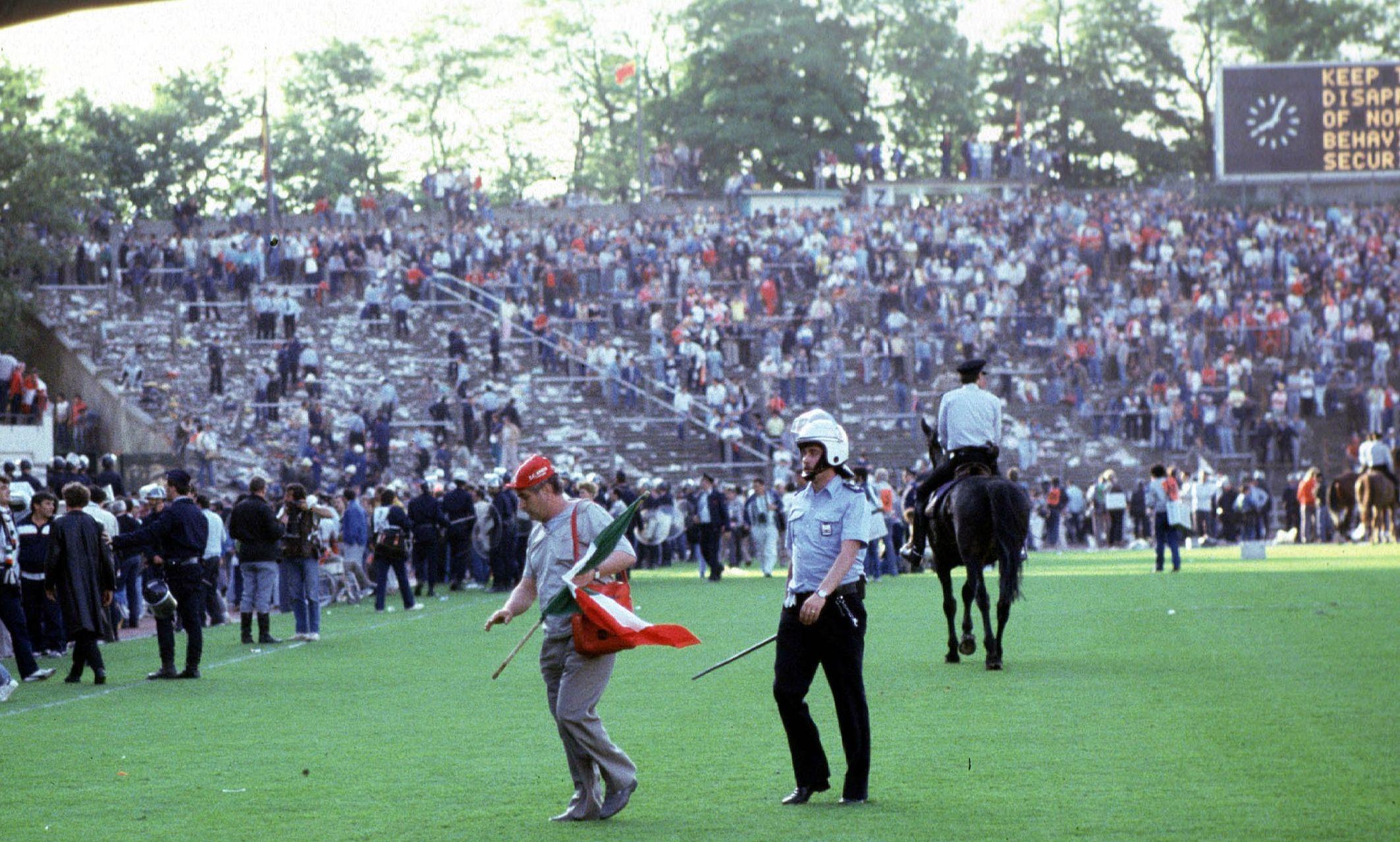 Football - Ligue des champions - 29 mai 1985: le football compte ses morts au stade du Heysel