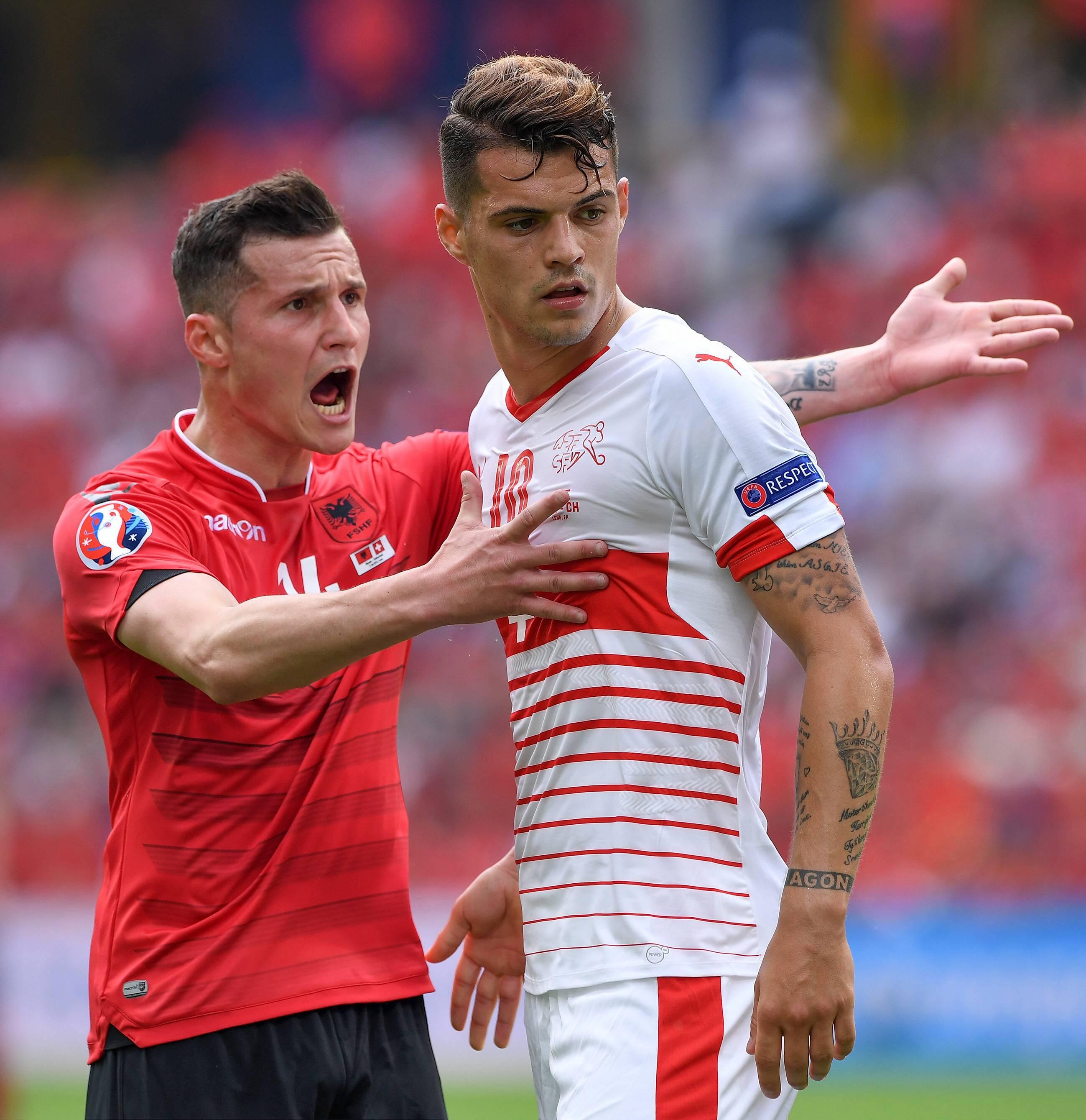 Football - Ligue des champions - Arsenal-Bâle : les frères Xhaka de nouveau face à face