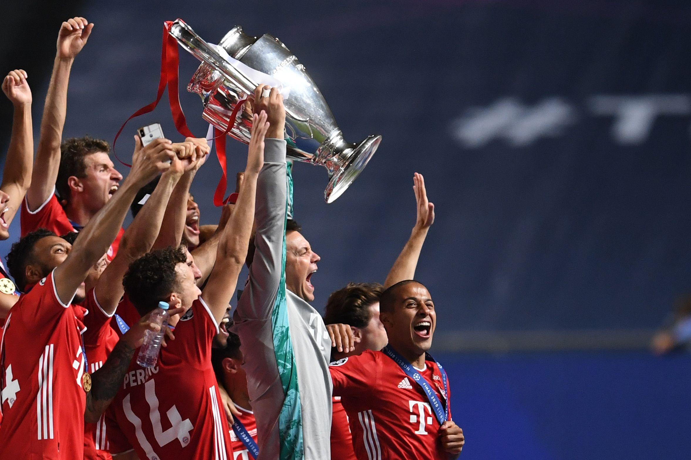 Football - Ligue des champions - Bayern : Neuer dégoûte le PSG et... chambre sur les réseaux sociaux