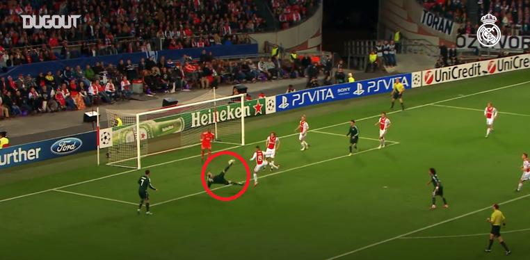 Football - Ligue des champions - Ciseau, frappe pleine lucarne : les 5 plus beaux buts de Benzema en Ligue des champions avec le Real