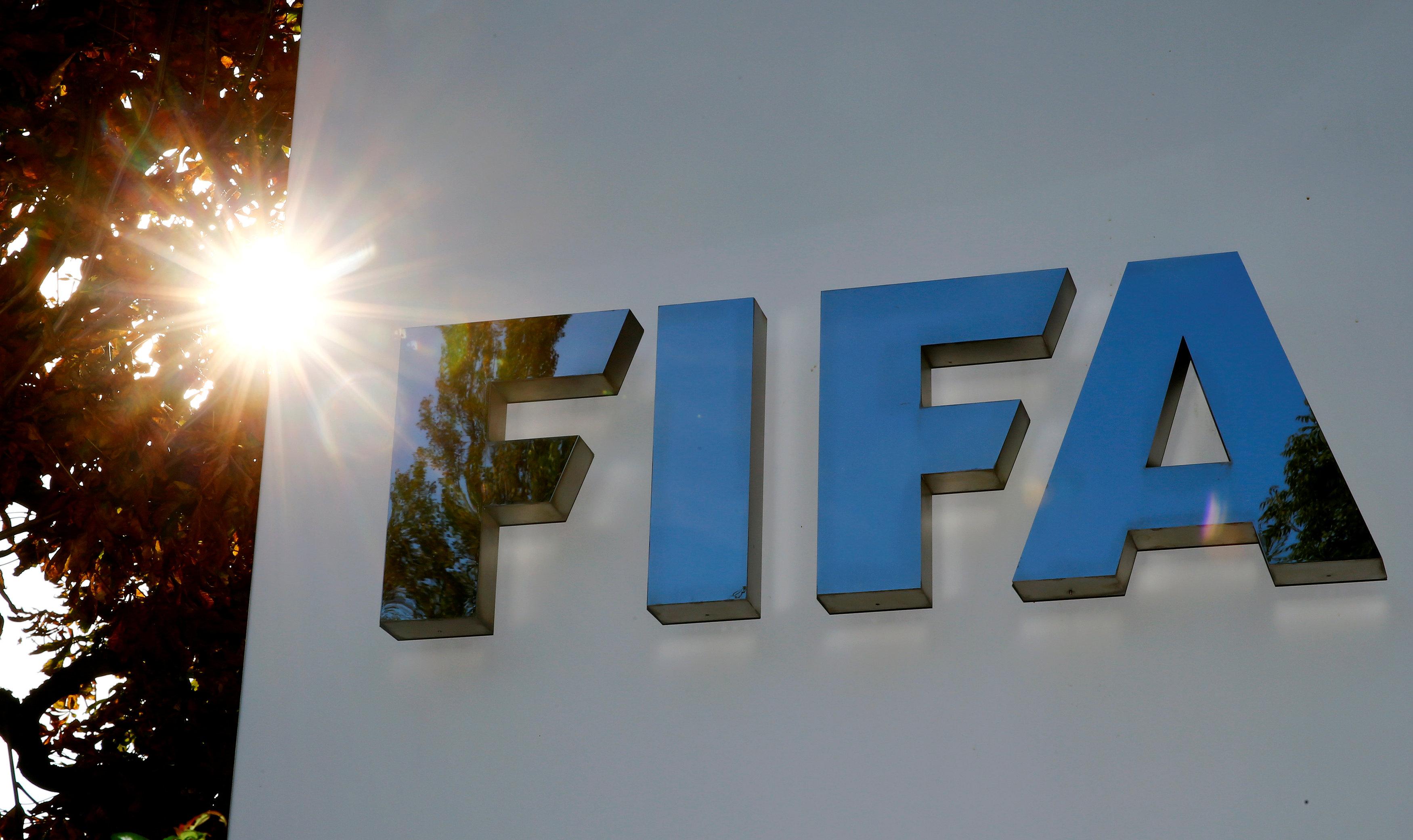 Football - Ligue des champions - Coronavirus : les idées de la Fifa pour «sauver» le foot