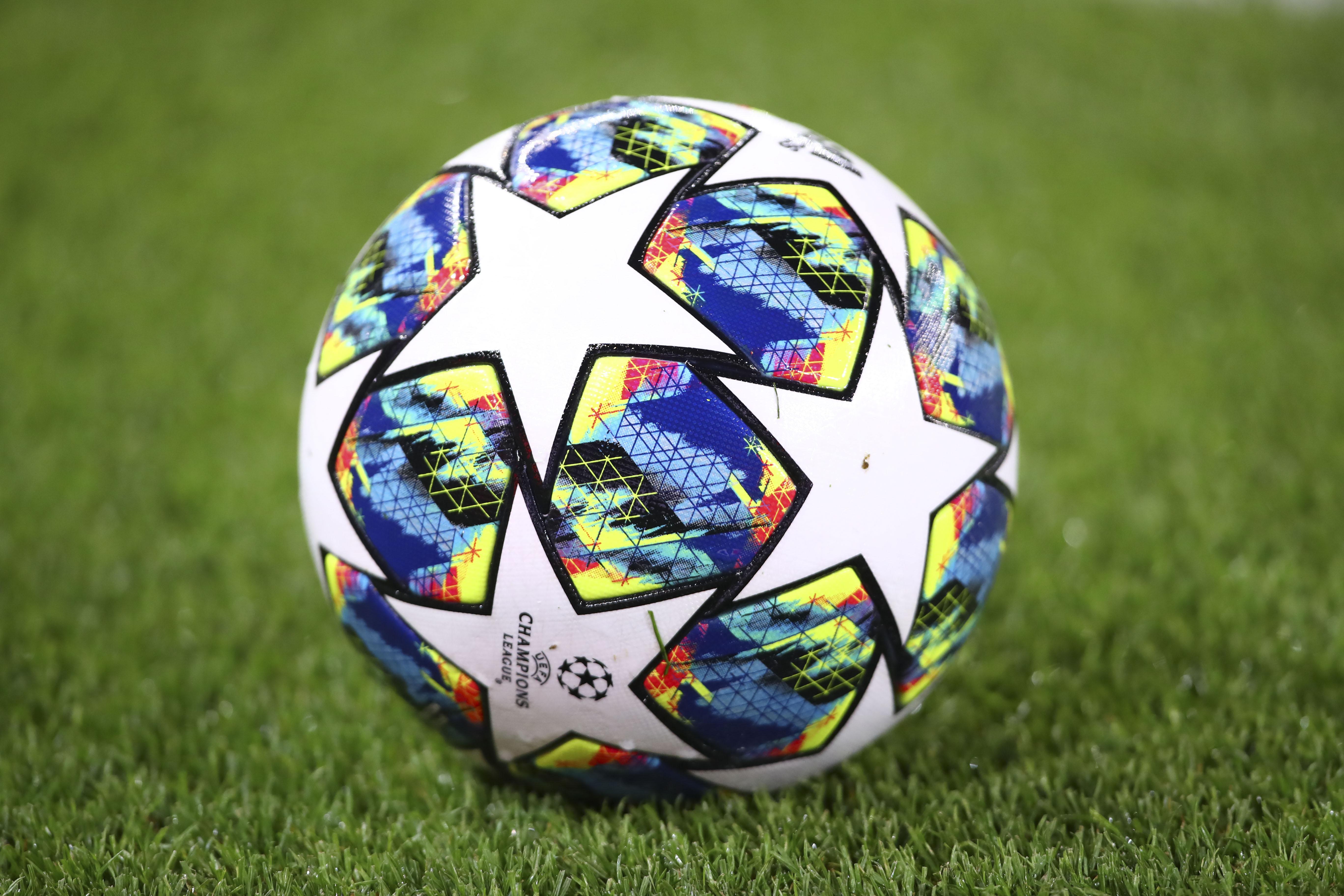 Football - Ligue des champions - Coronavirus: Ligue des champions suspendue et l'Euro 2020 décalé en 2021 ?