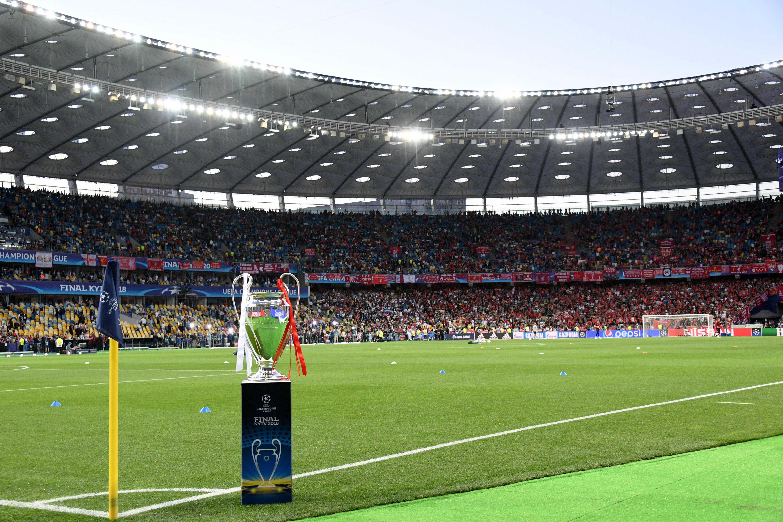 Football - Ligue des champions - Création d'une 3e Coupe d'Europe, l'UEFA dit oui