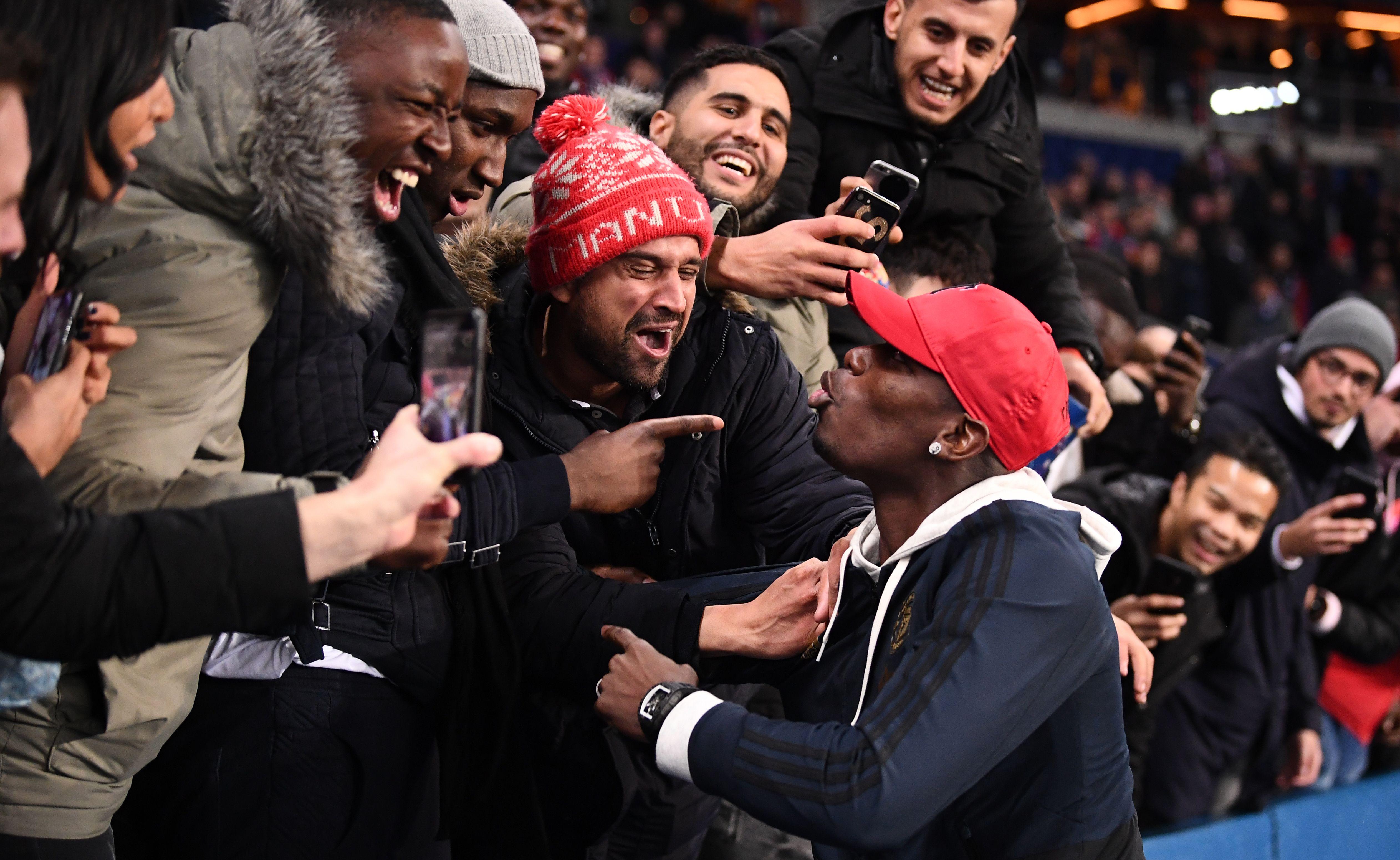 Football - Ligue des champions - De Paris au Kenya en passant par la Mongolie, l'explosion de joie des fans mancuniens