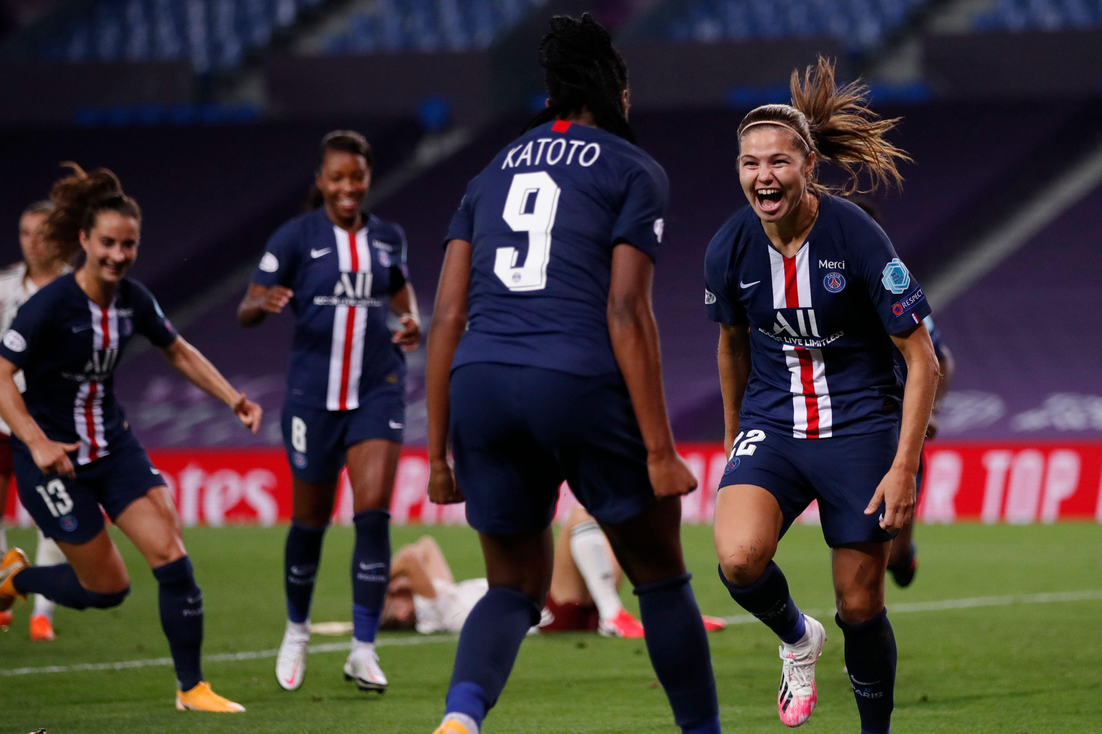 Football - Ligue des champions - Diacre avant PSG-OL : «Les Parisiennes ont franchi un palier»
