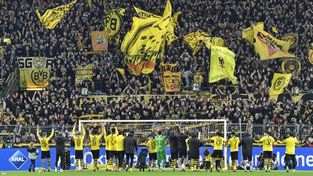 Football - Ligue des champions - Dortmund-PSG: le «mur jaune», la tribune qui fait peur à toute l'Europe du foot