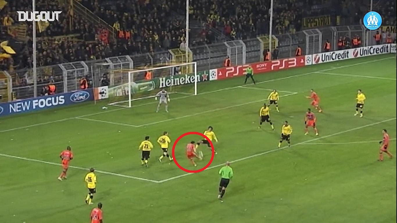 Football - Ligue des champions - En attendant le foot : le coup de canon victorieux de Valbuena contre Dortmund en 2011